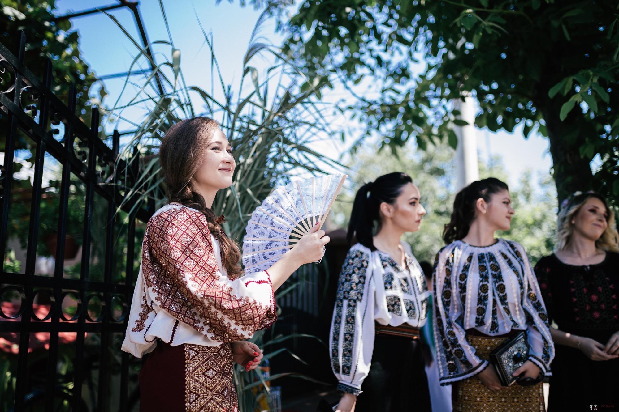 Povești Nunți Tradiționale - Oana și Silviu. Nuntă tradițional românească în București 64