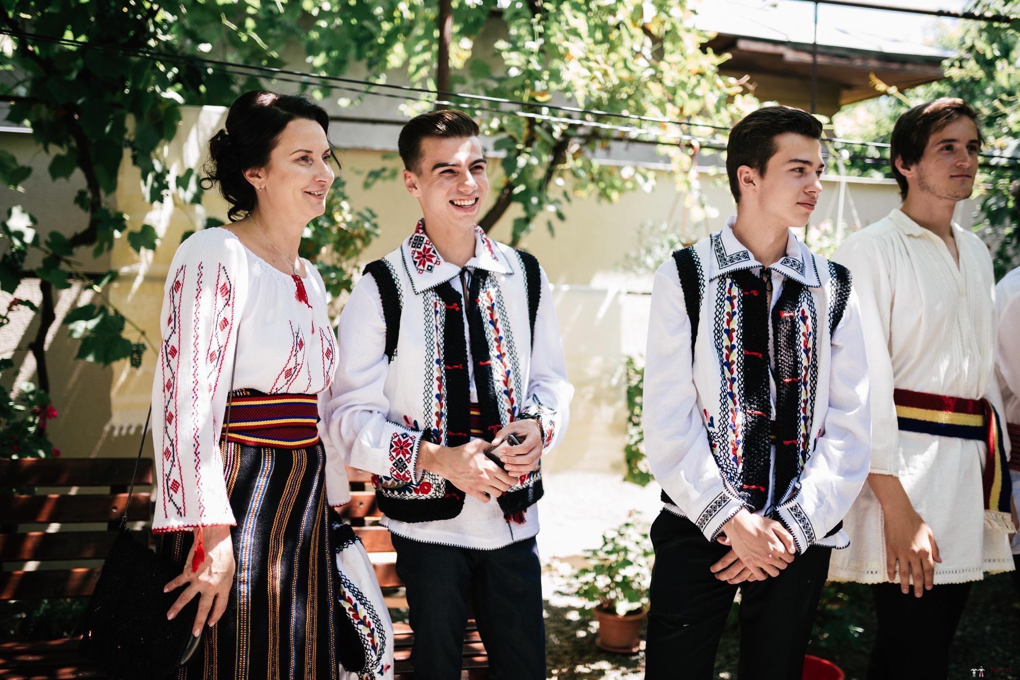 Povești Nunți Tradiționale - Oana și Silviu. Nuntă tradițional românească în București 71