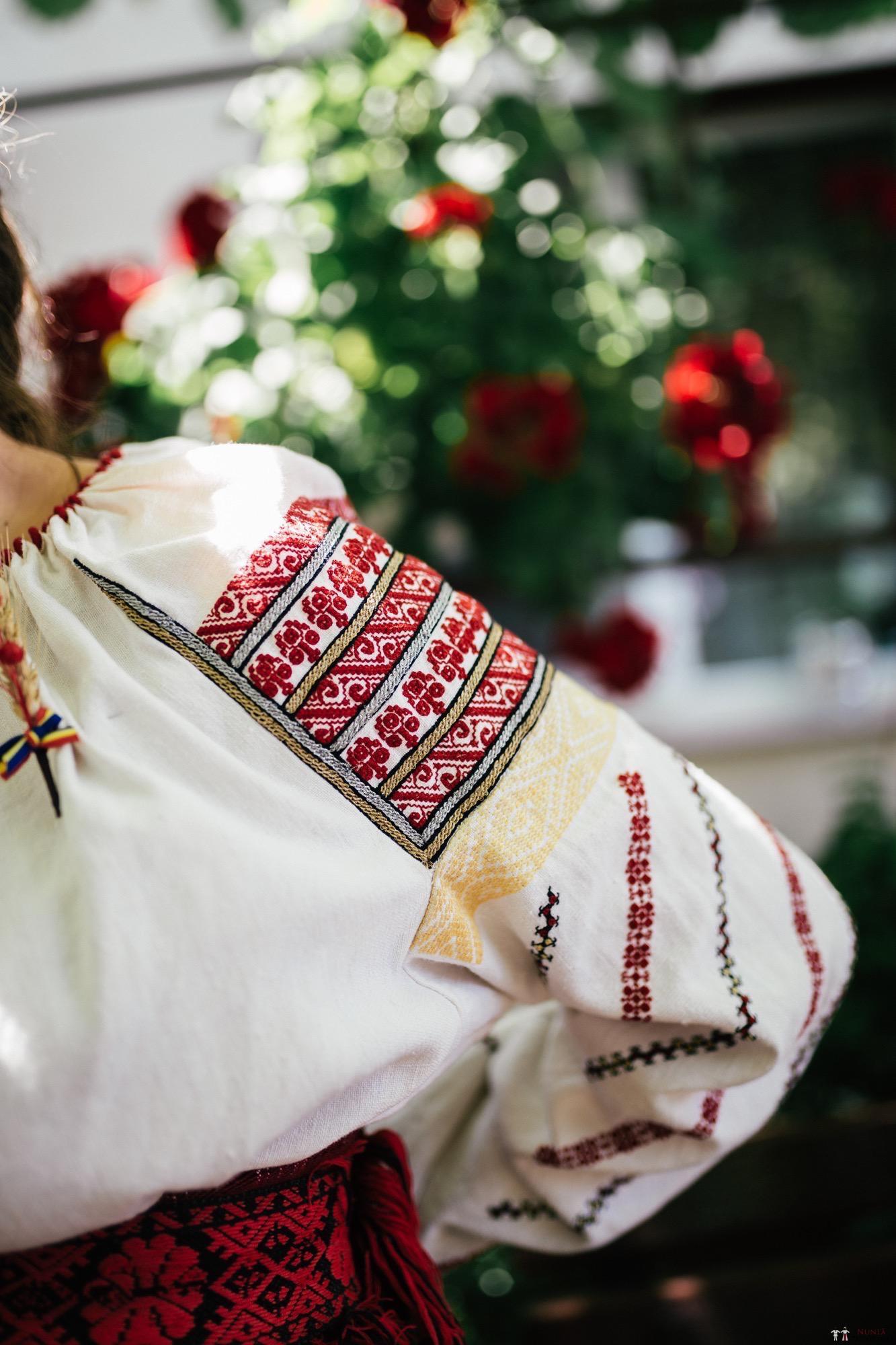Povești Nunți Tradiționale - Oana și Silviu. Nuntă tradițional românească în București 76