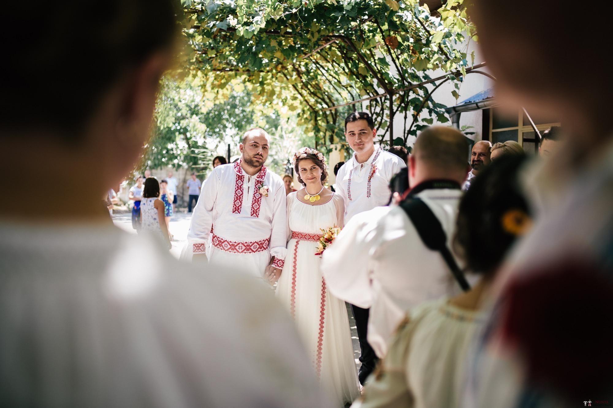 Povești Nunți Tradiționale - Oana și Silviu. Nuntă tradițional românească în București 82