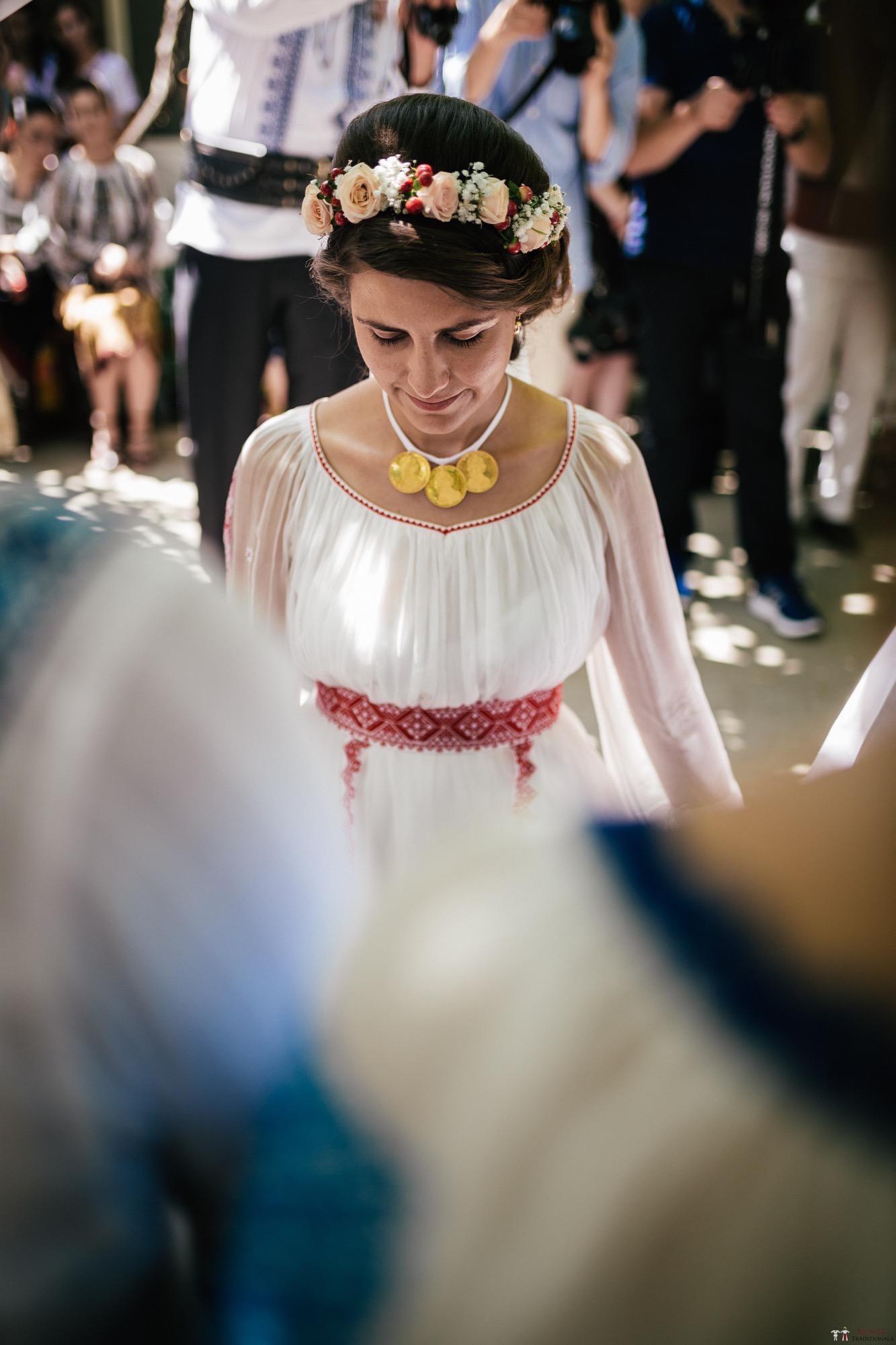 Povești Nunți Tradiționale - Oana și Silviu. Nuntă tradițional românească în București 87