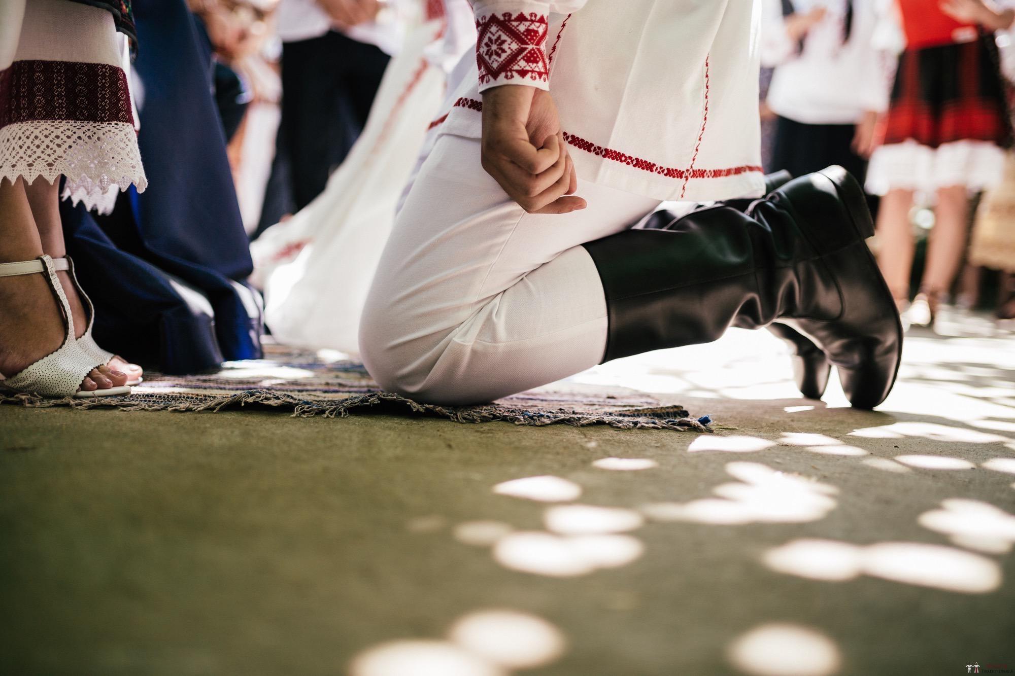 Povești Nunți Tradiționale - Oana și Silviu. Nuntă tradițional românească în București 88