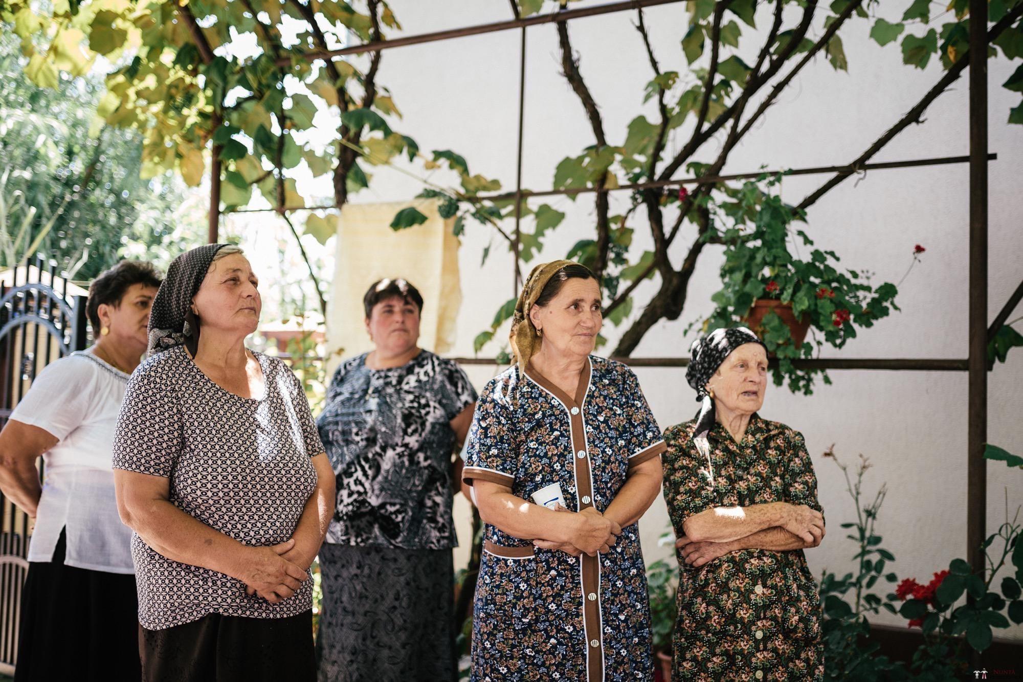 Povești Nunți Tradiționale - Oana și Silviu. Nuntă tradițional românească în București 89