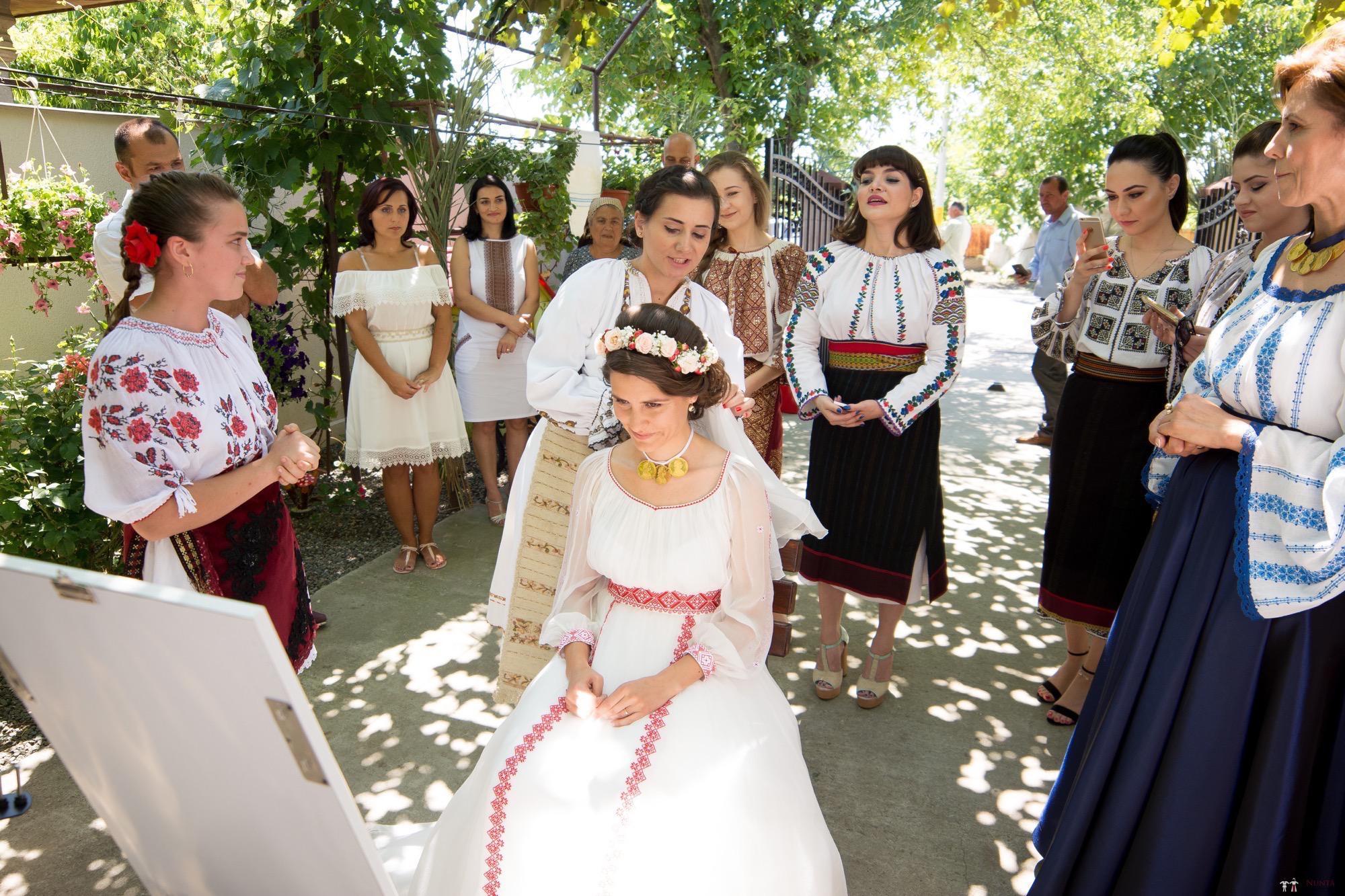 Povești Nunți Tradiționale - Oana și Silviu. Nuntă tradițional românească în București 36