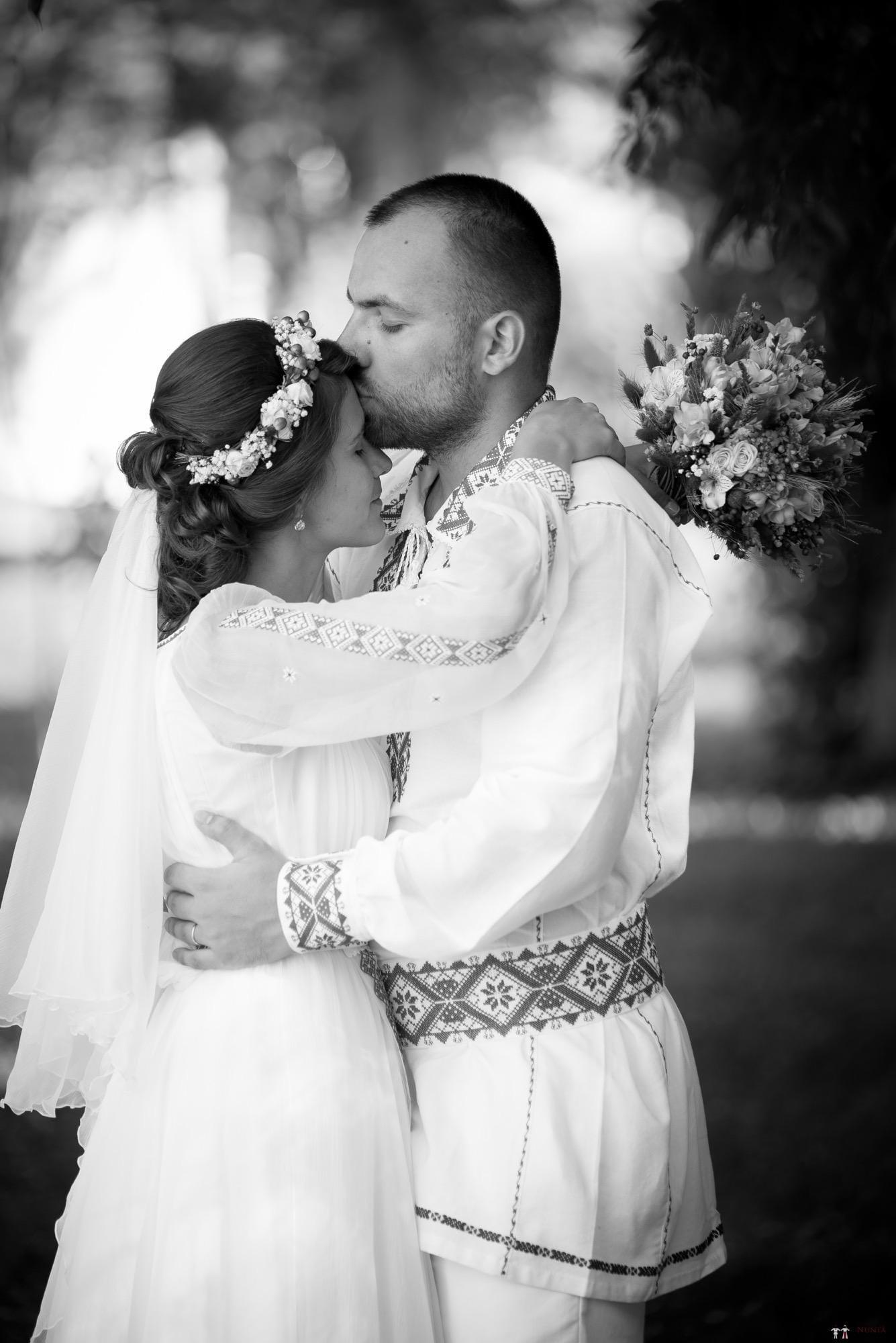 Povești Nunți Tradiționale - Oana și Silviu. Nuntă tradițional românească în București 133