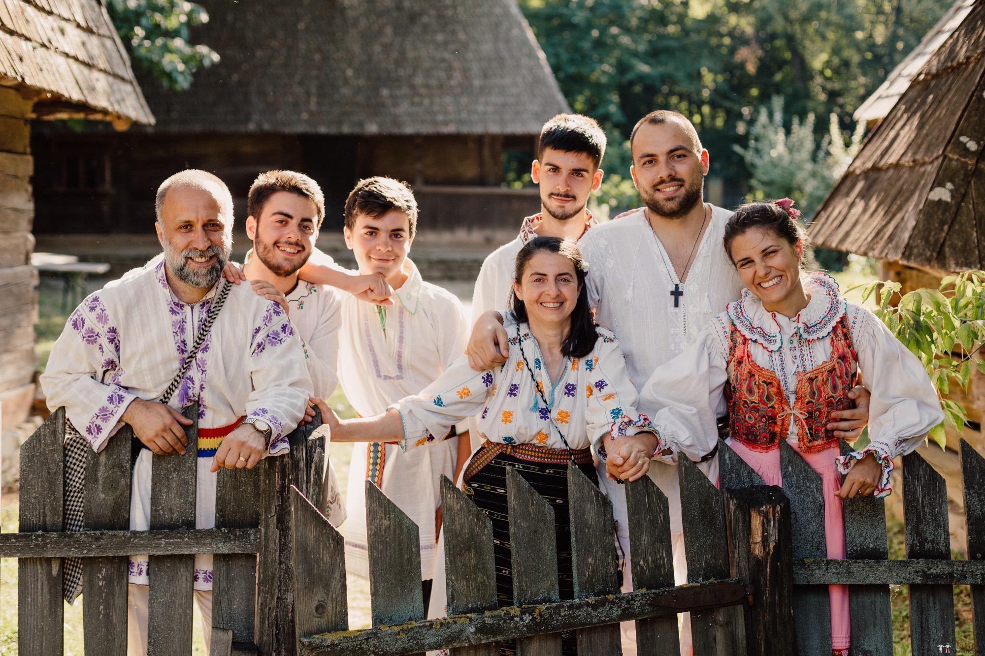 Povești Nunți Tradiționale - Oana și Silviu. Nuntă tradițional românească în București 121