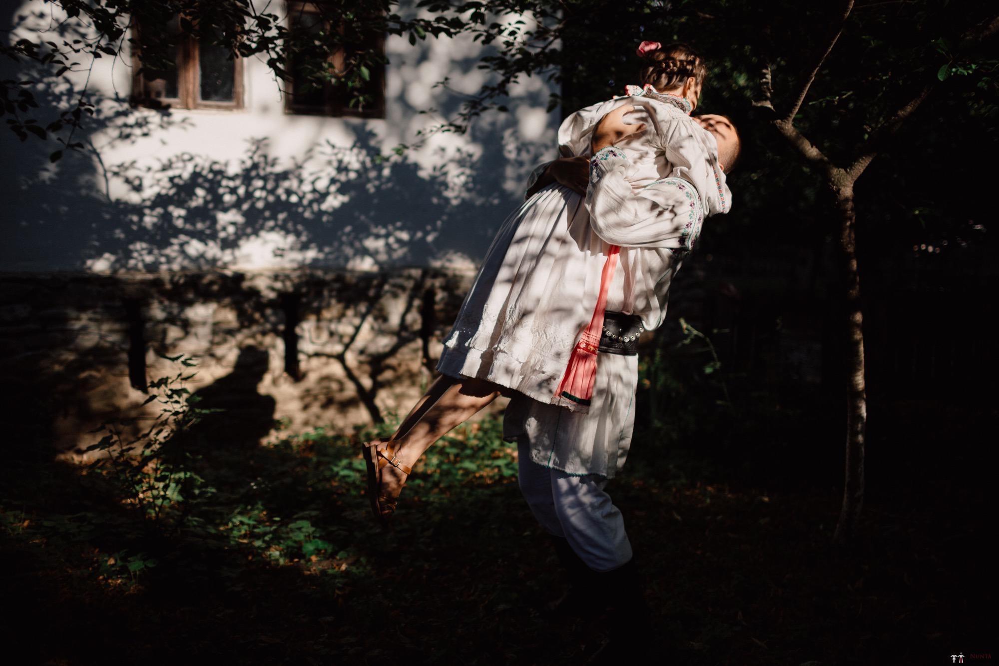 Povești Nunți Tradiționale - Oana și Silviu. Nuntă tradițional românească în București 126