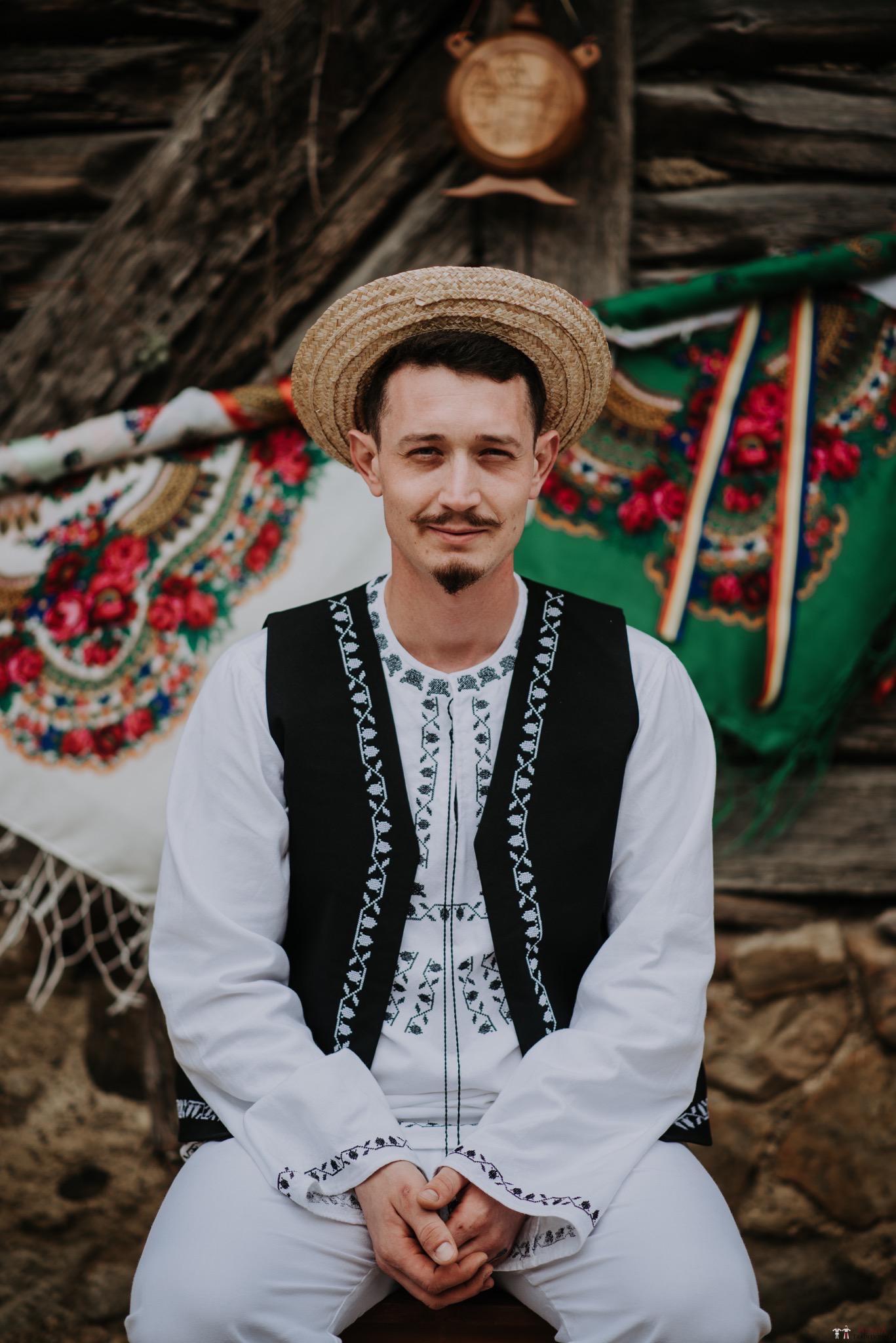 Povești Nunți Tradiționale - Silvia și Adrian. Nuntă tradițională în Ghighișeni, Bihor 21