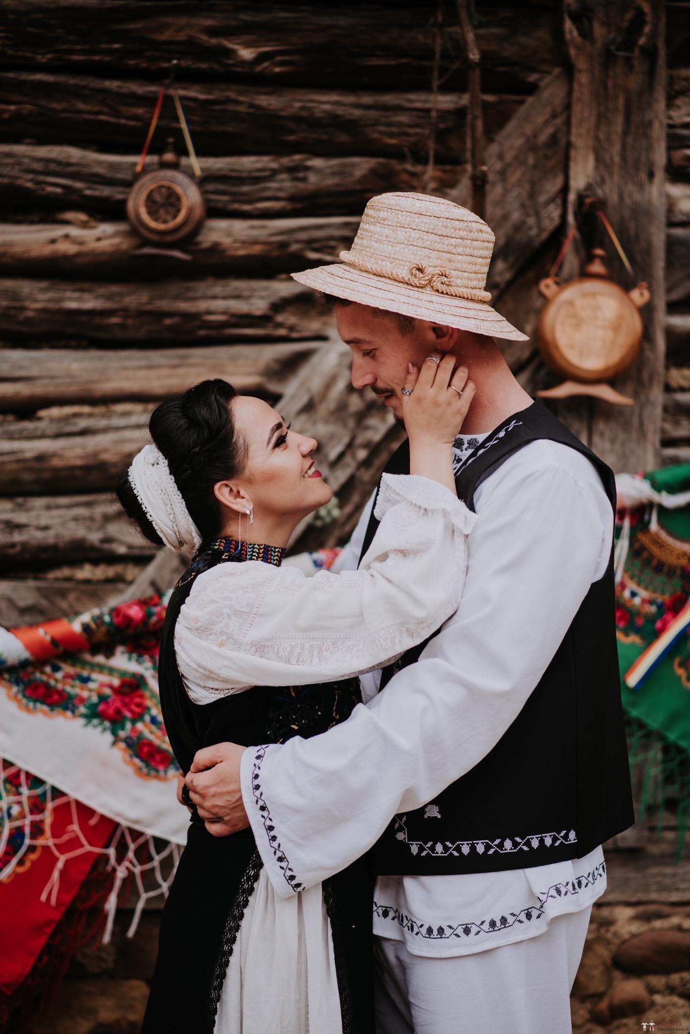 Povești Nunți Tradiționale - Silvia și Adrian. Nuntă tradițională în Ghighișeni, Bihor 24