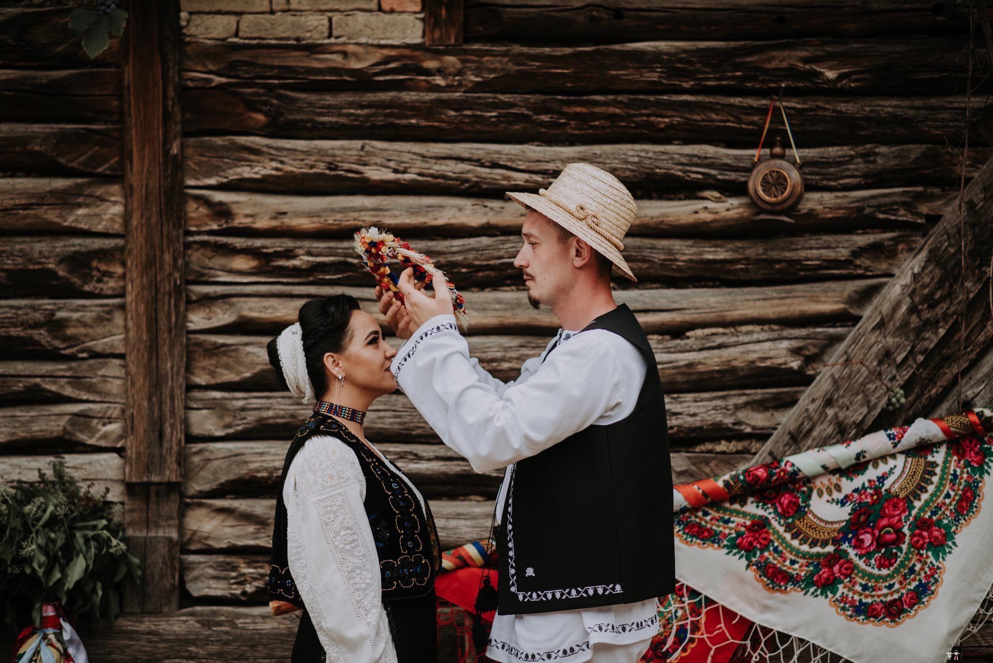 Povești Nunți Tradiționale - Silvia și Adrian. Nuntă tradițională în Ghighișeni, Bihor 26