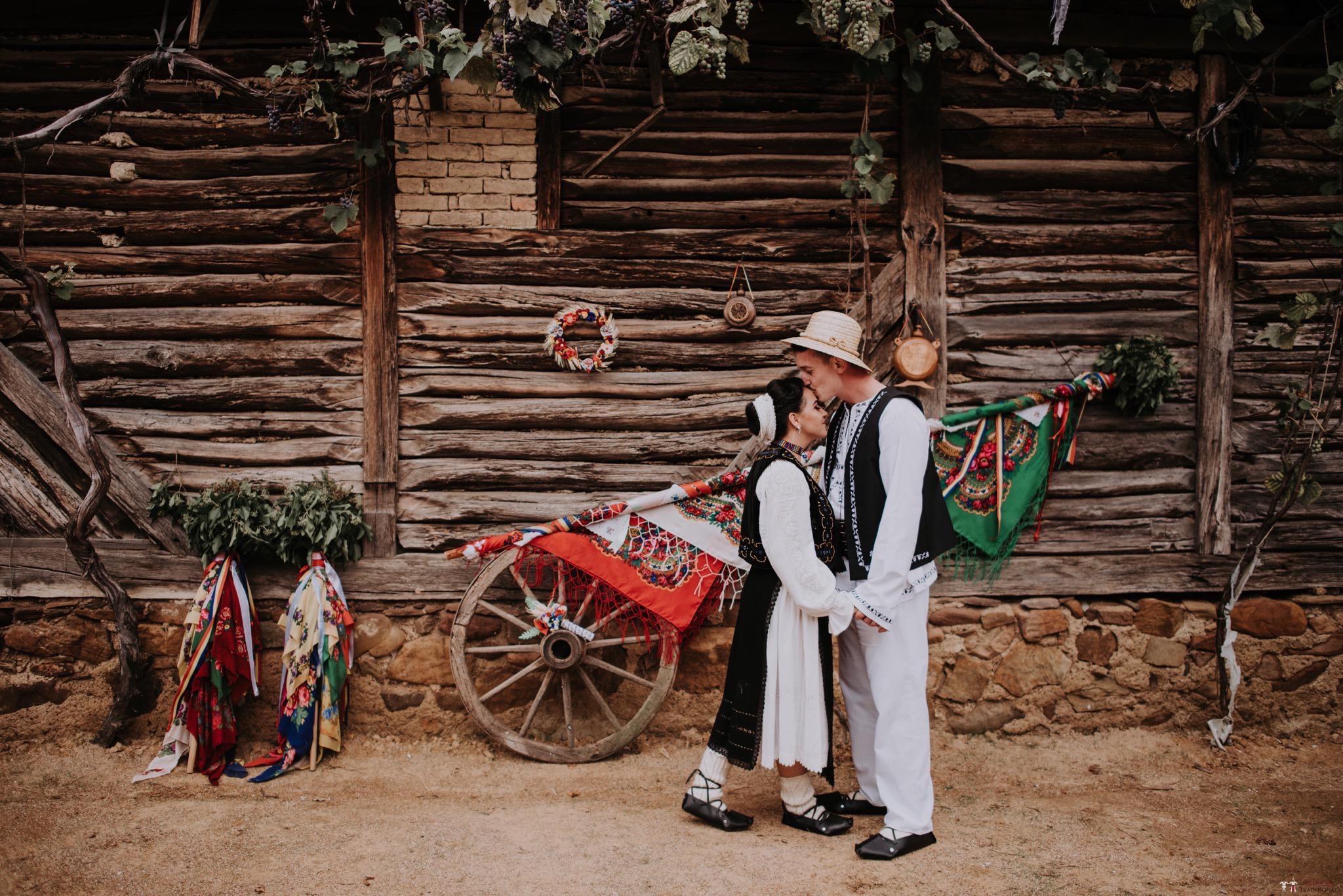 Povești Nunți Tradiționale - Silvia și Adrian. Nuntă tradițională în Ghighișeni, Bihor 27