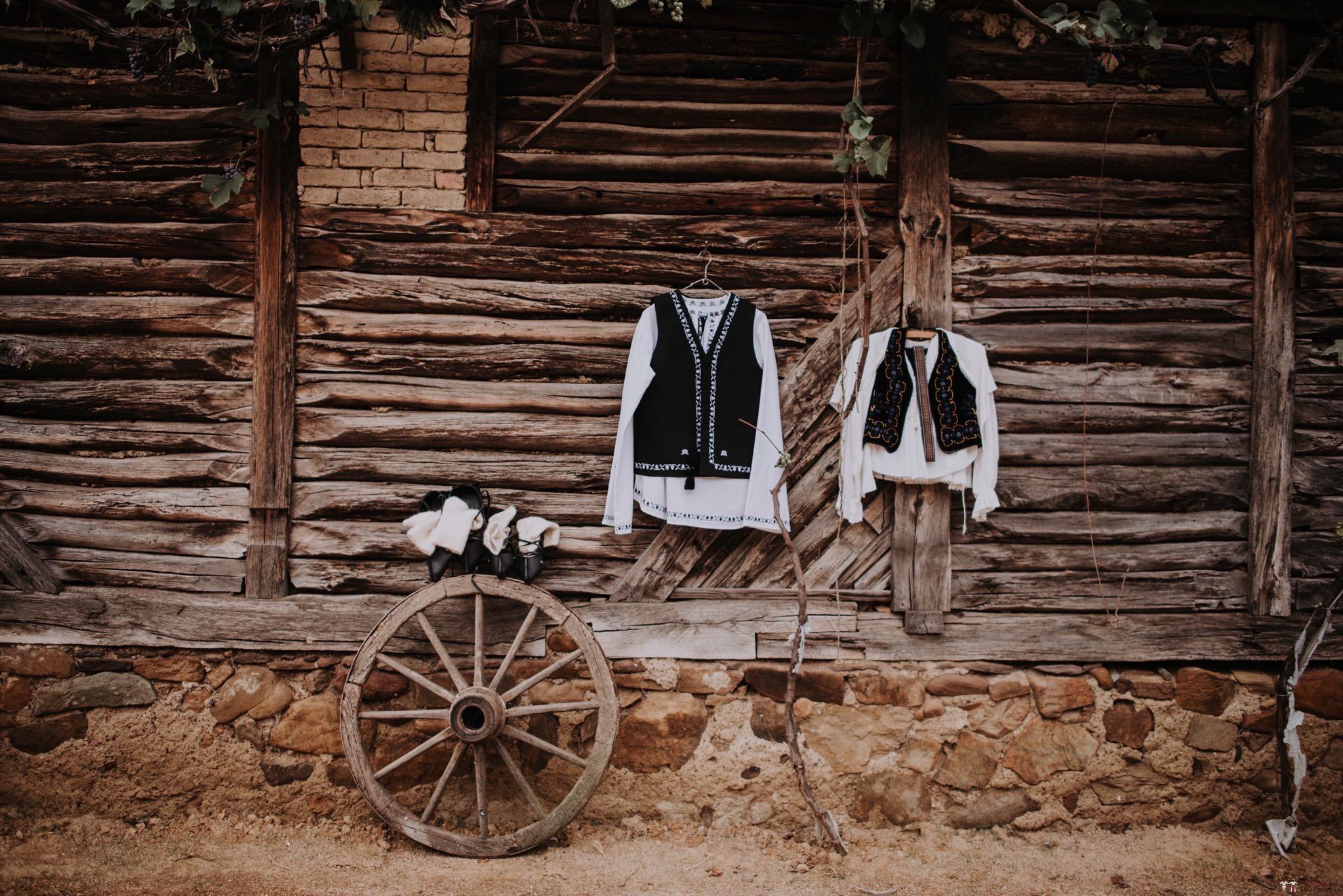 Povești Nunți Tradiționale - Silvia și Adrian. Nuntă tradițională în Ghighișeni, Bihor 2