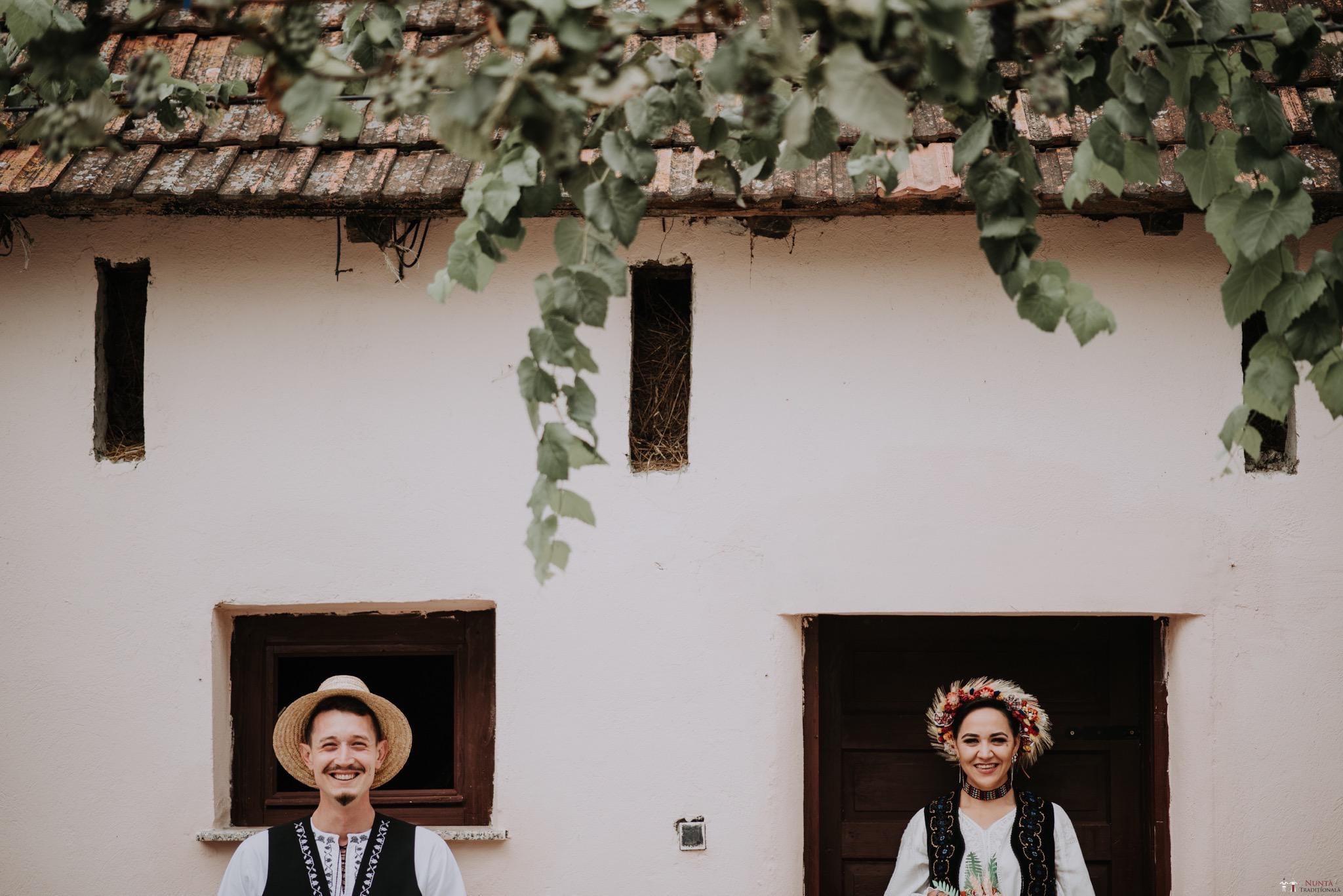 Povești Nunți Tradiționale - Silvia și Adrian. Nuntă tradițională în Ghighișeni, Bihor 29