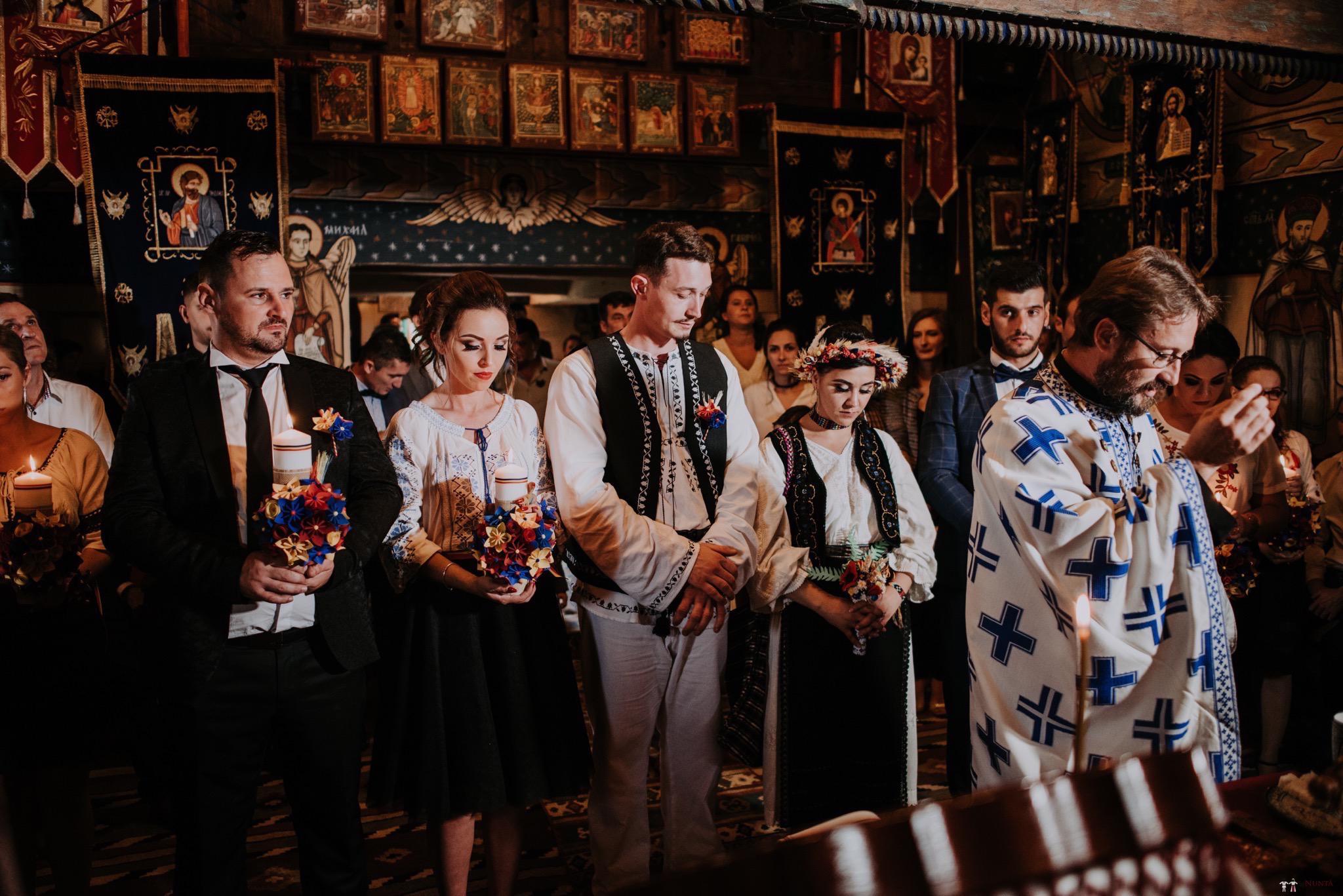 Povești Nunți Tradiționale - Silvia și Adrian. Nuntă tradițională în Ghighișeni, Bihor 46