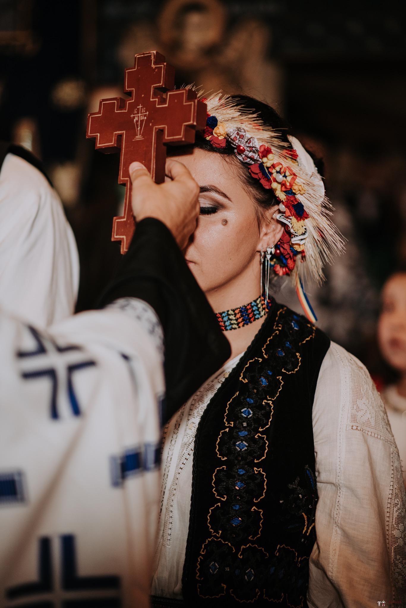 Povești Nunți Tradiționale - Silvia și Adrian. Nuntă tradițională în Ghighișeni, Bihor 48