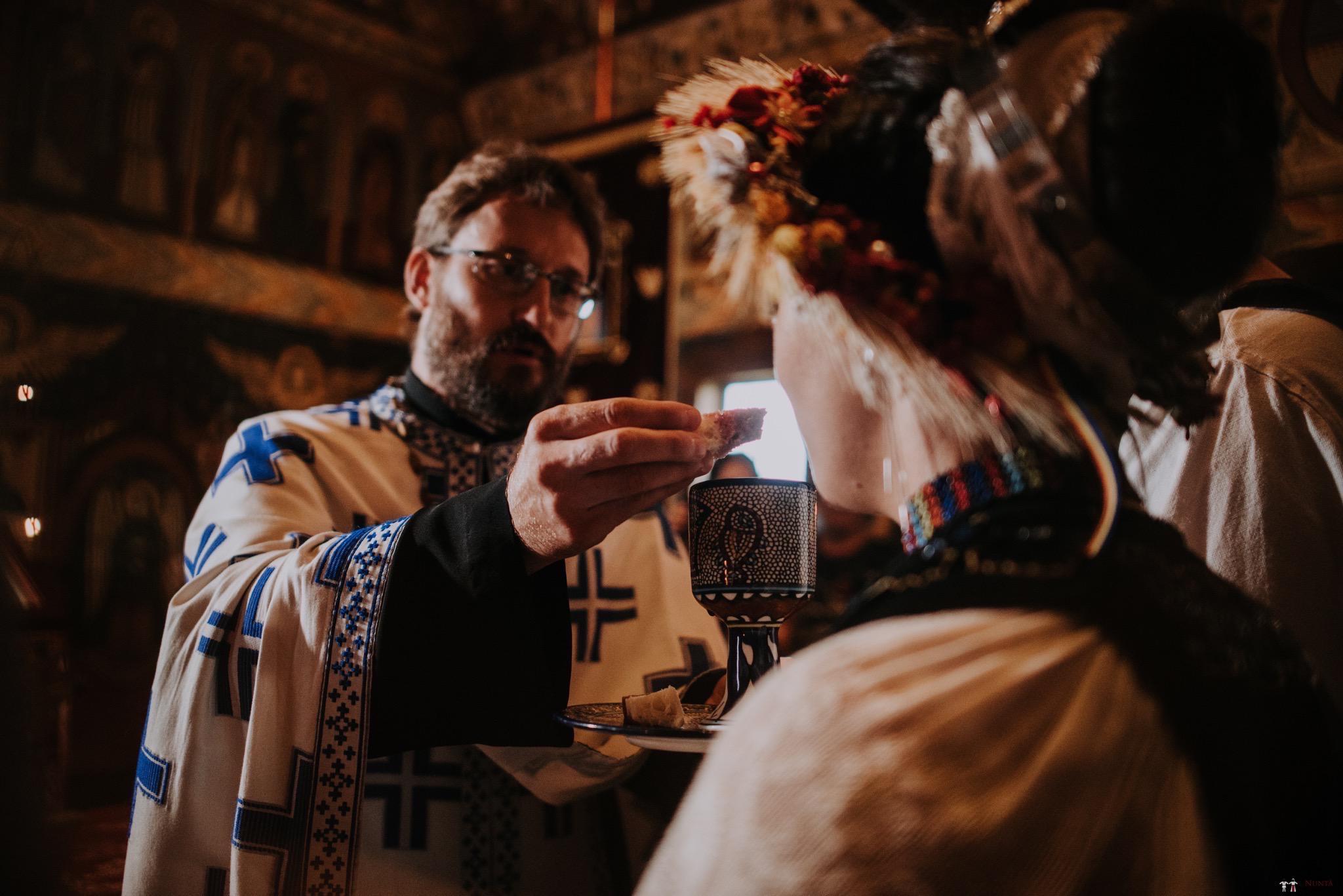 Povești Nunți Tradiționale - Silvia și Adrian. Nuntă tradițională în Ghighișeni, Bihor 52