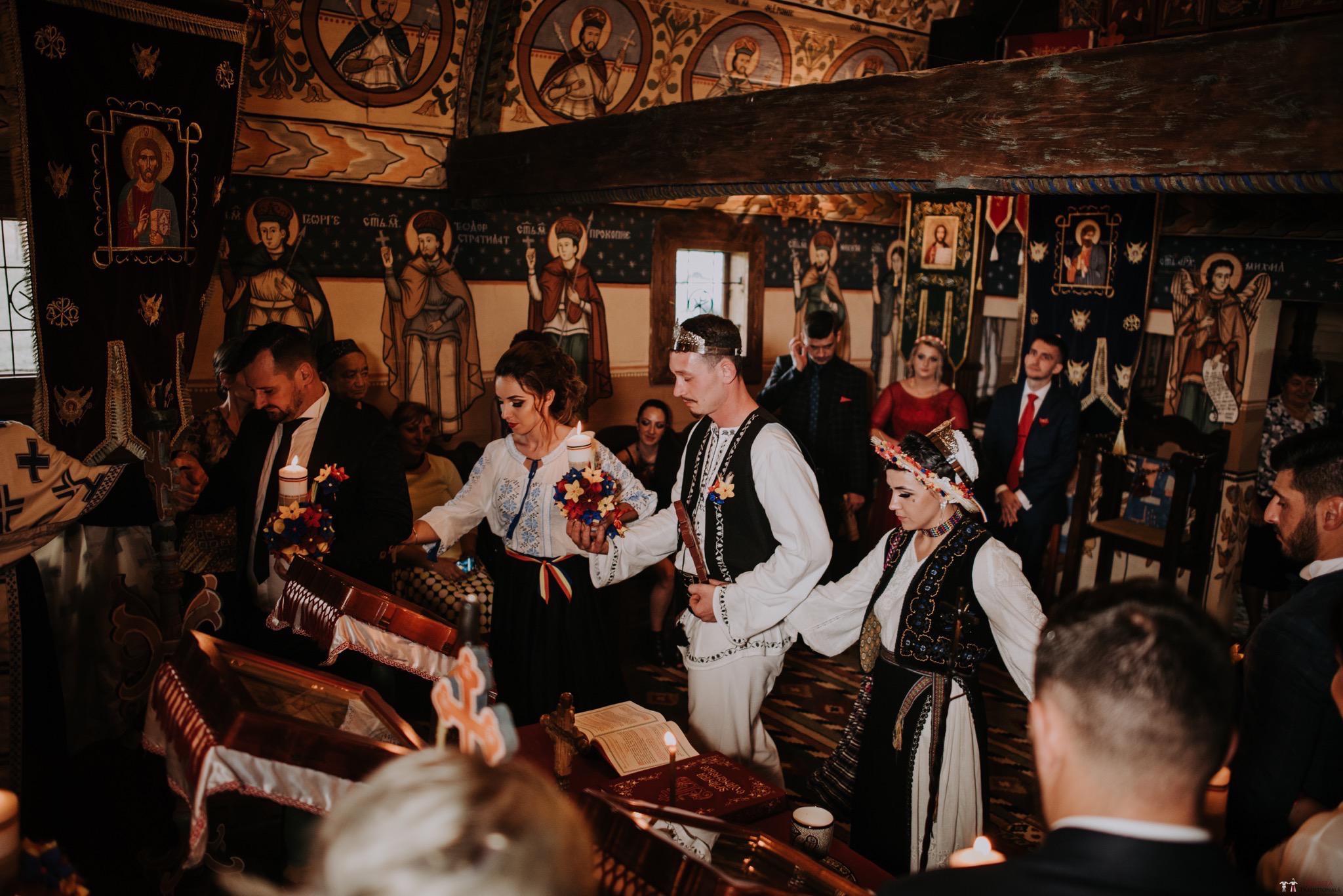 Povești Nunți Tradiționale - Silvia și Adrian. Nuntă tradițională în Ghighișeni, Bihor 53