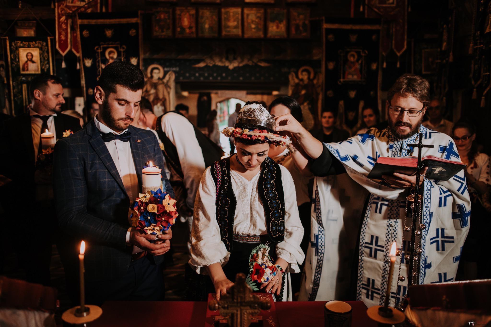 Povești Nunți Tradiționale - Silvia și Adrian. Nuntă tradițională în Ghighișeni, Bihor 55