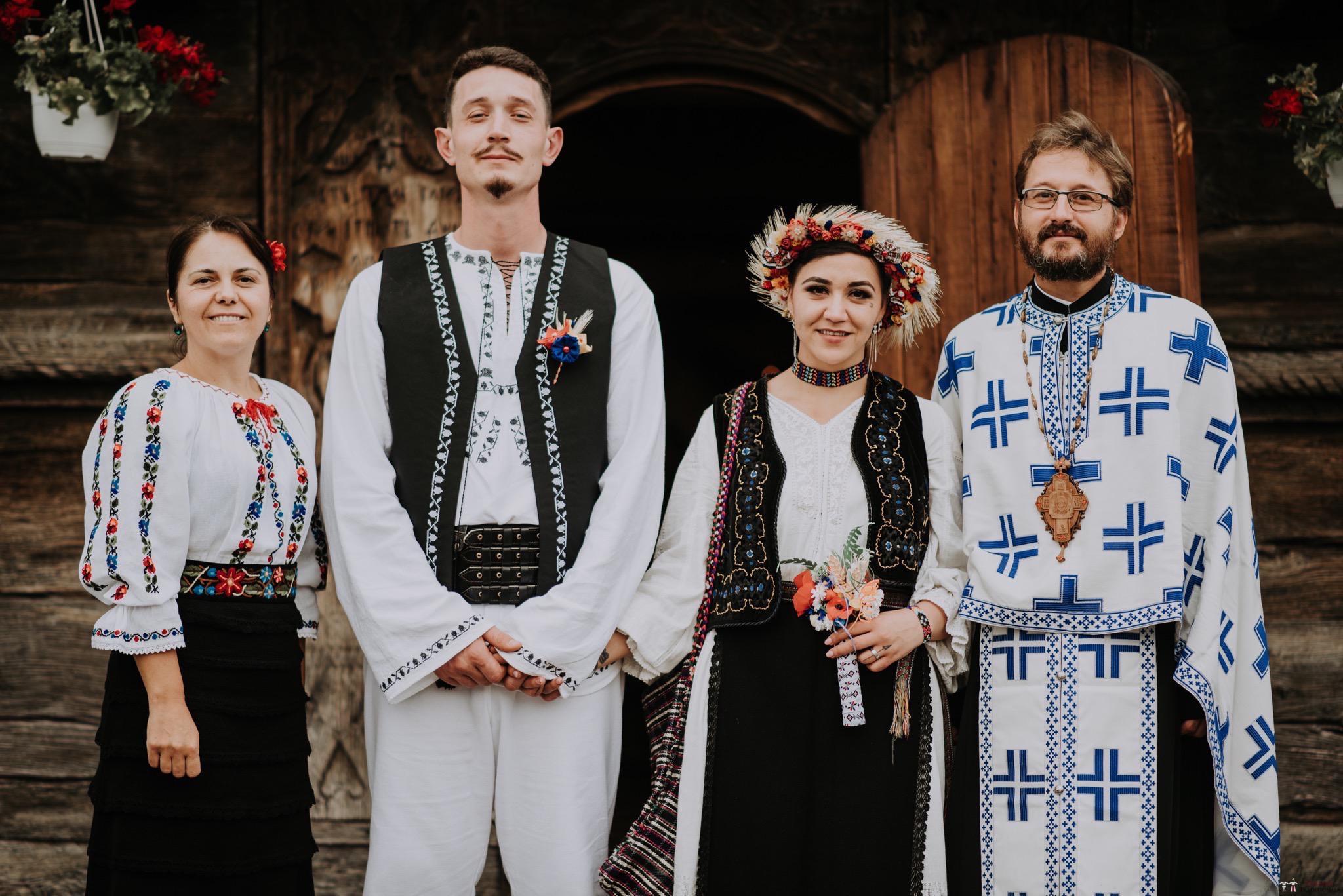 Povești Nunți Tradiționale - Silvia și Adrian. Nuntă tradițională în Ghighișeni, Bihor 57
