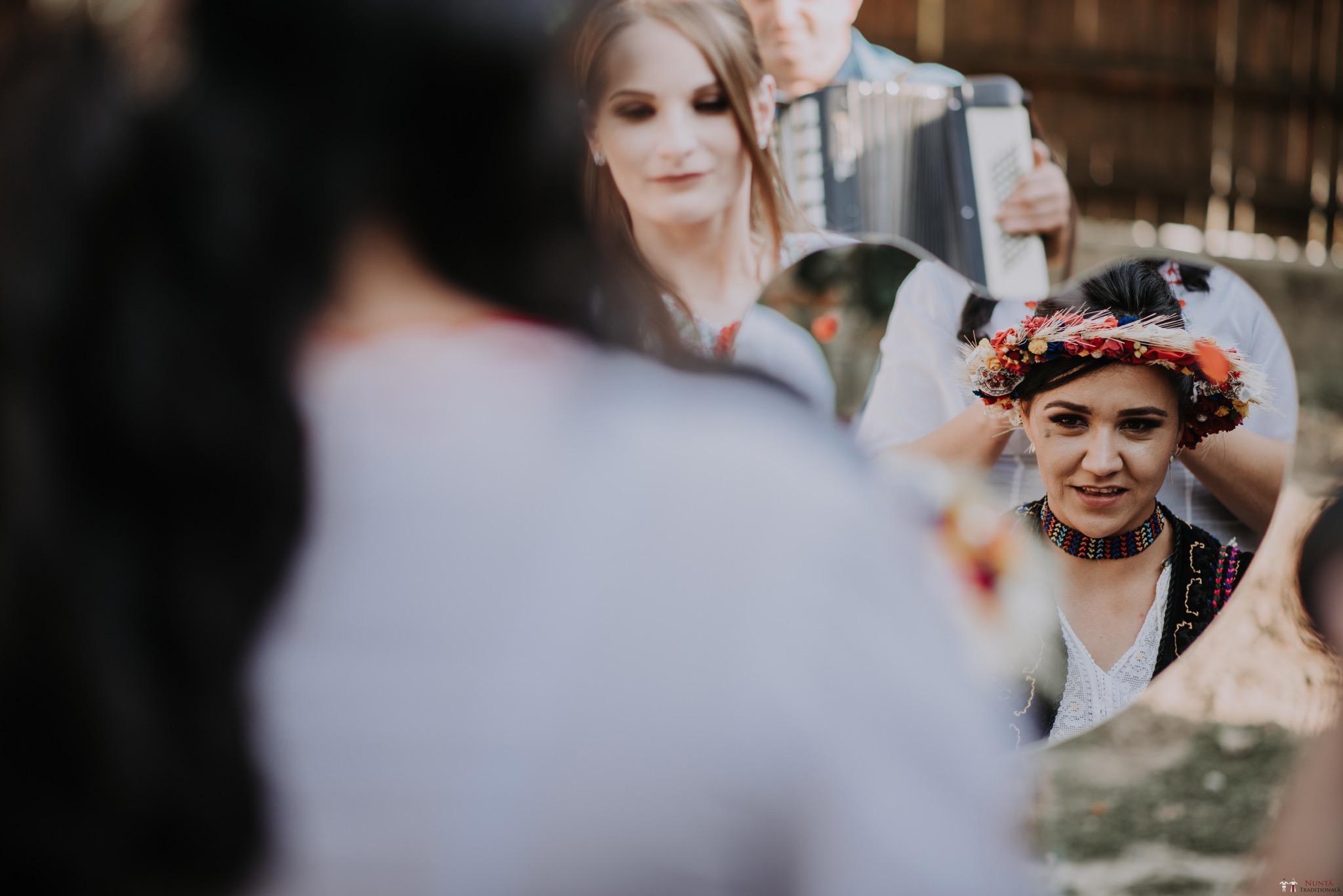 Povești Nunți Tradiționale - Silvia și Adrian. Nuntă tradițională în Ghighișeni, Bihor 84