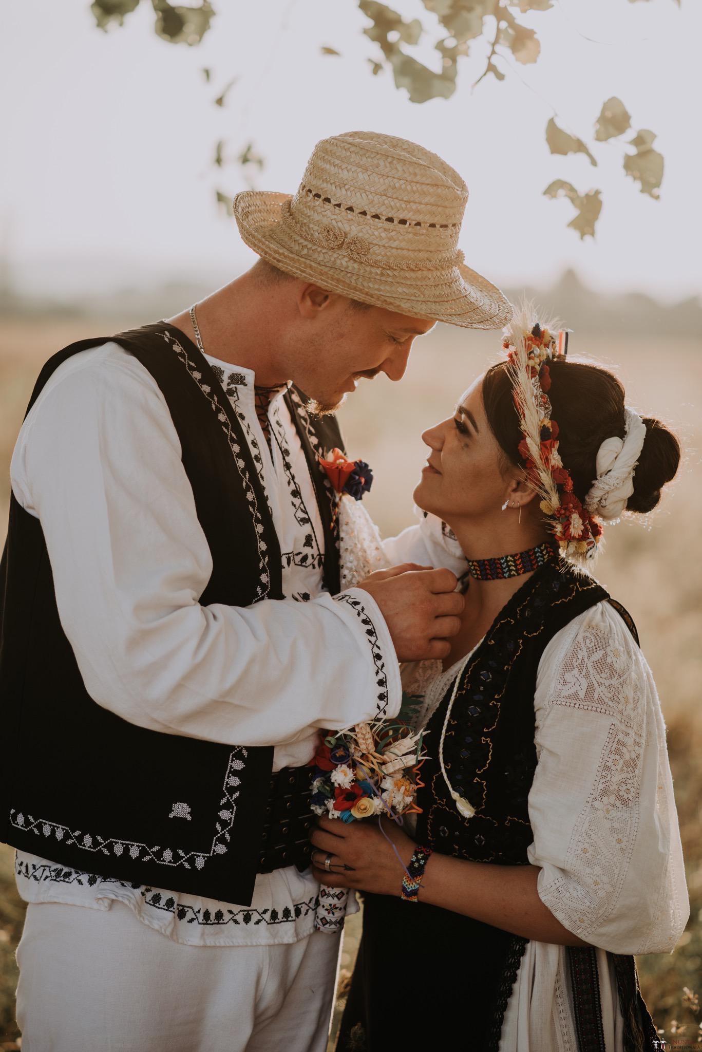Povești Nunți Tradiționale - Silvia și Adrian. Nuntă tradițională în Ghighișeni, Bihor 94