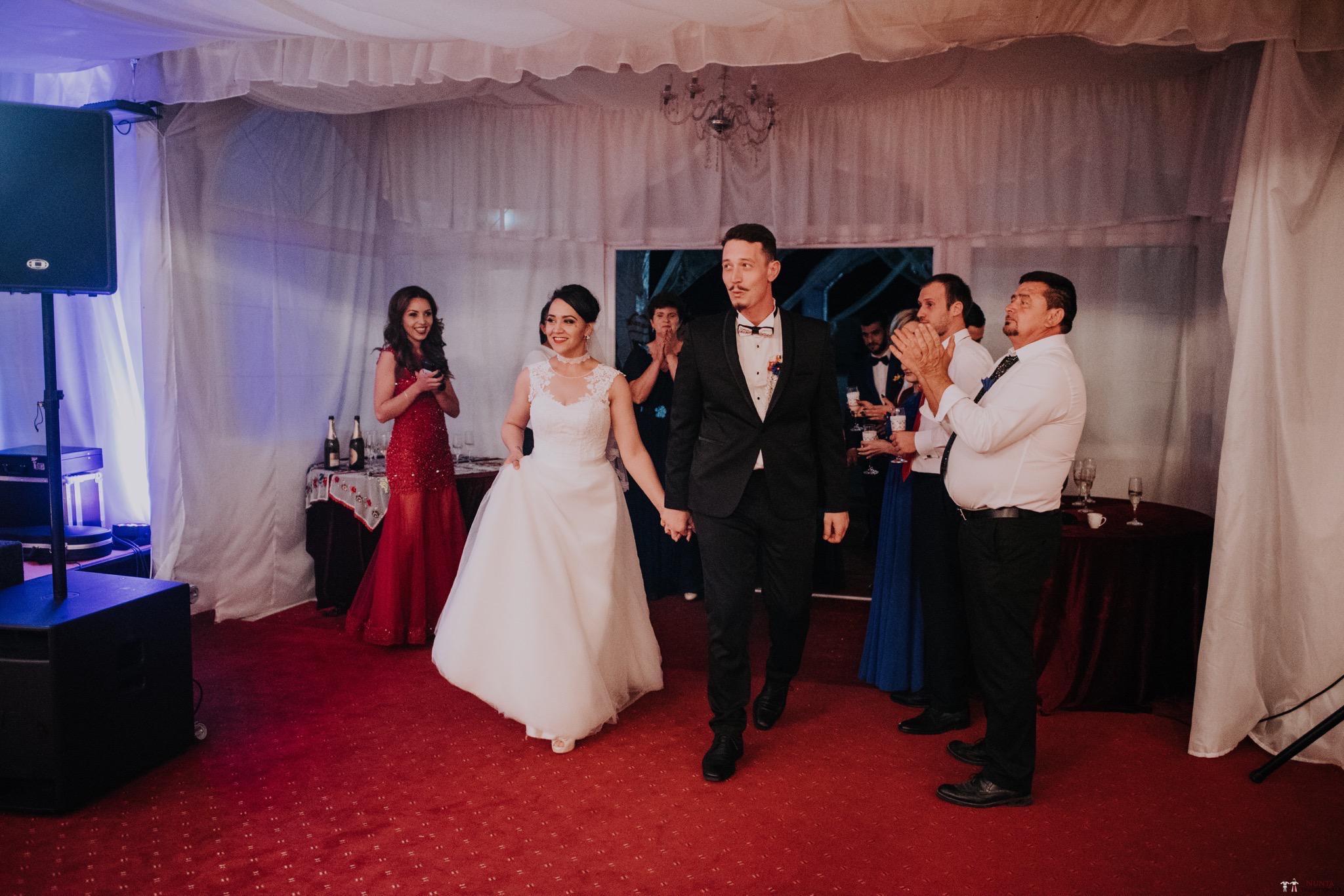 Povești Nunți Tradiționale - Silvia și Adrian. Nuntă tradițională în Ghighișeni, Bihor 102