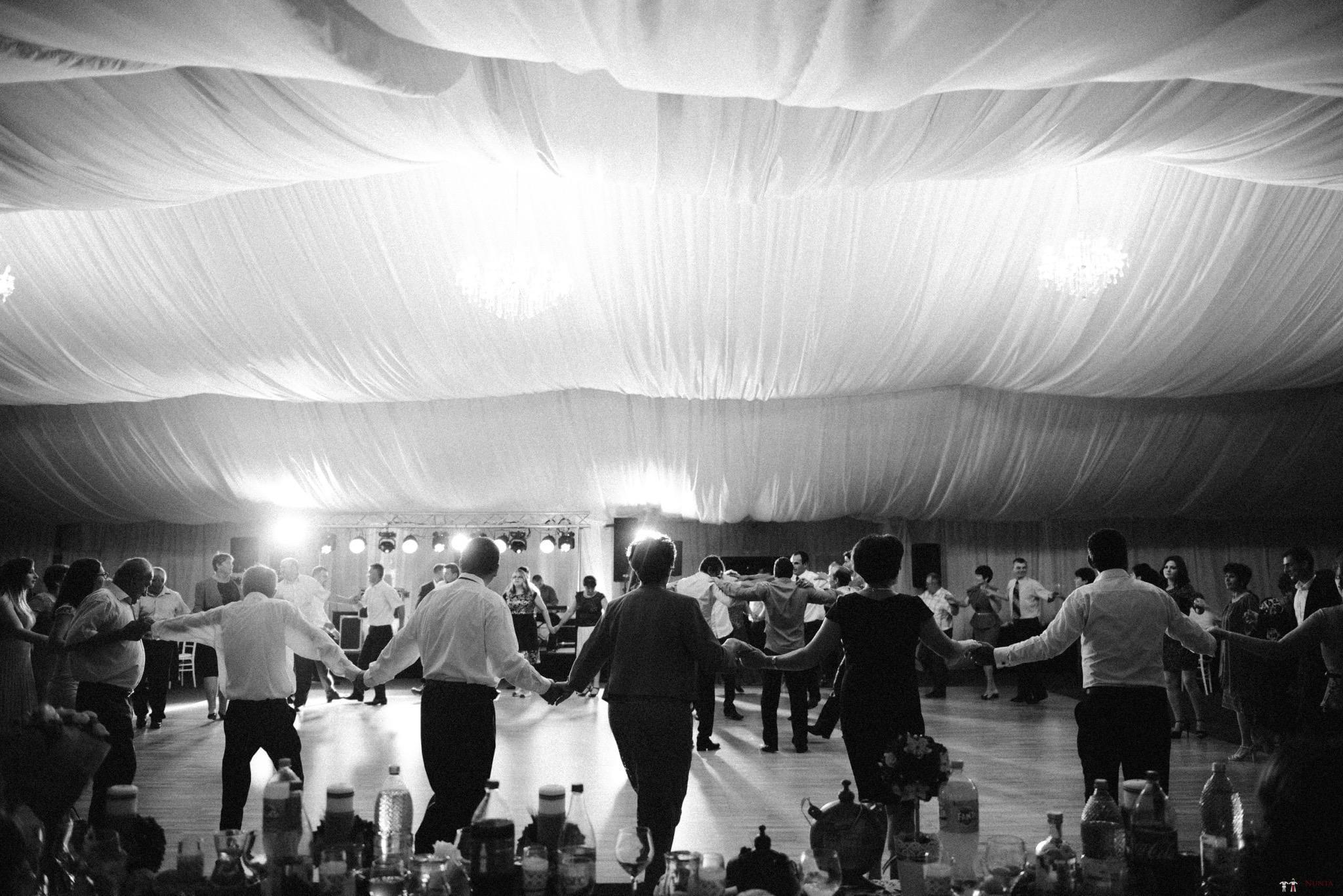 Povești Nunți Tradiționale - Silvia și Adrian. Nuntă tradițională în Ghighișeni, Bihor 104