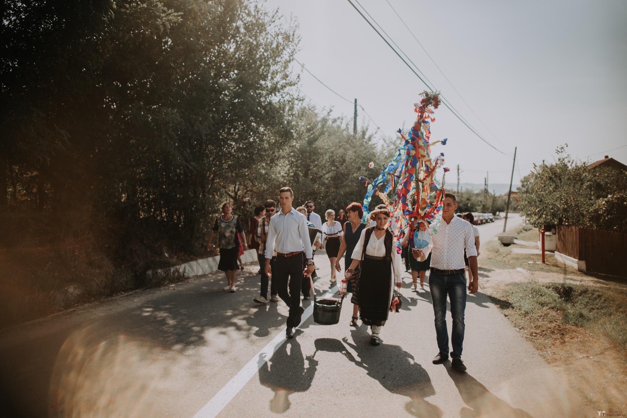 Povești Nunți Tradiționale - Silvia și Adrian. Nuntă tradițională în Ghighișeni, Bihor 75