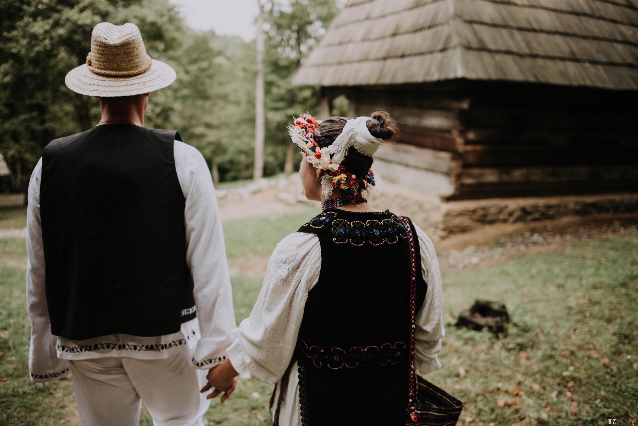Povești Nunți Tradiționale - Silvia și Adrian. Nuntă tradițională în Ghighișeni, Bihor 105