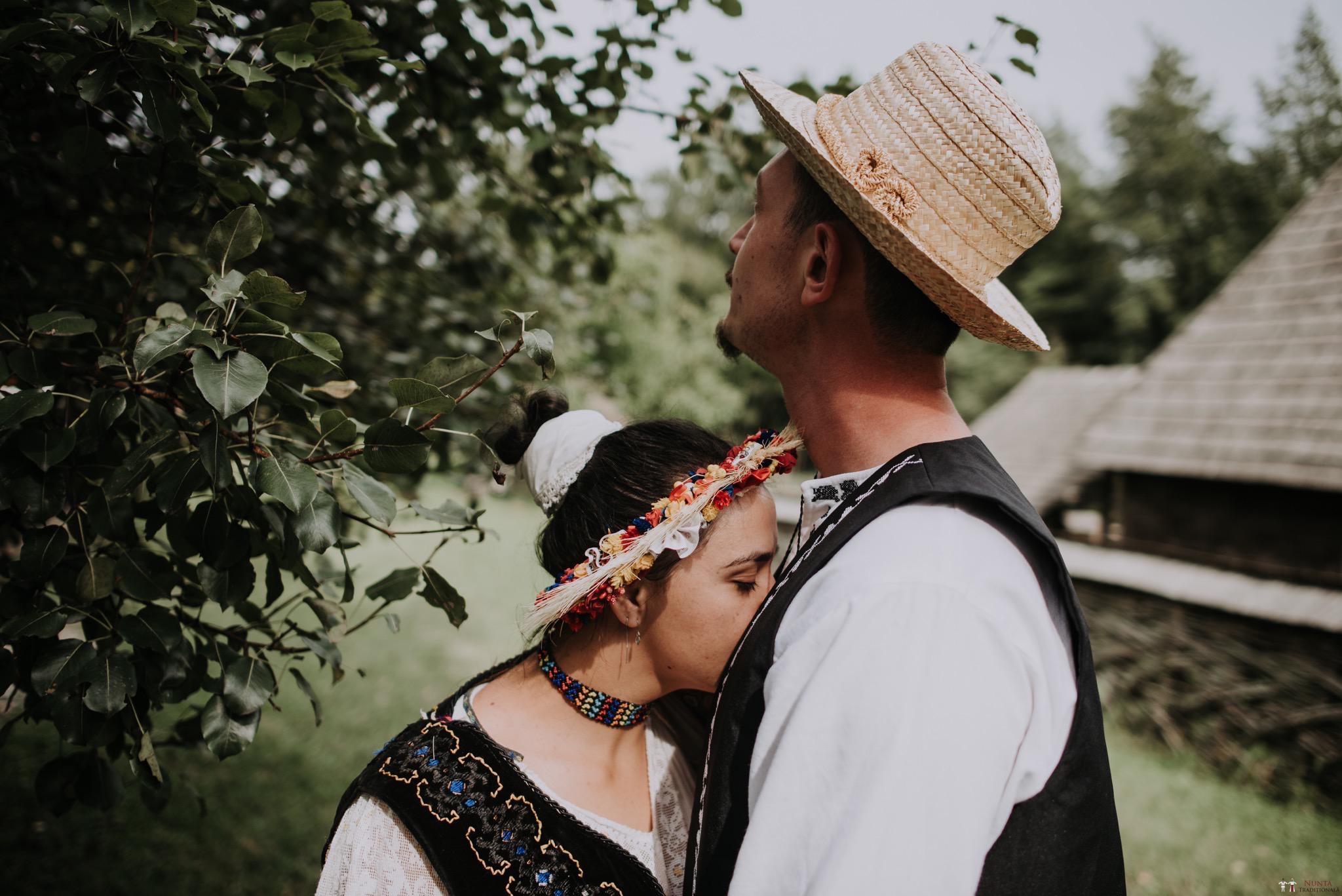 Povești Nunți Tradiționale - Silvia și Adrian. Nuntă tradițională în Ghighișeni, Bihor 118