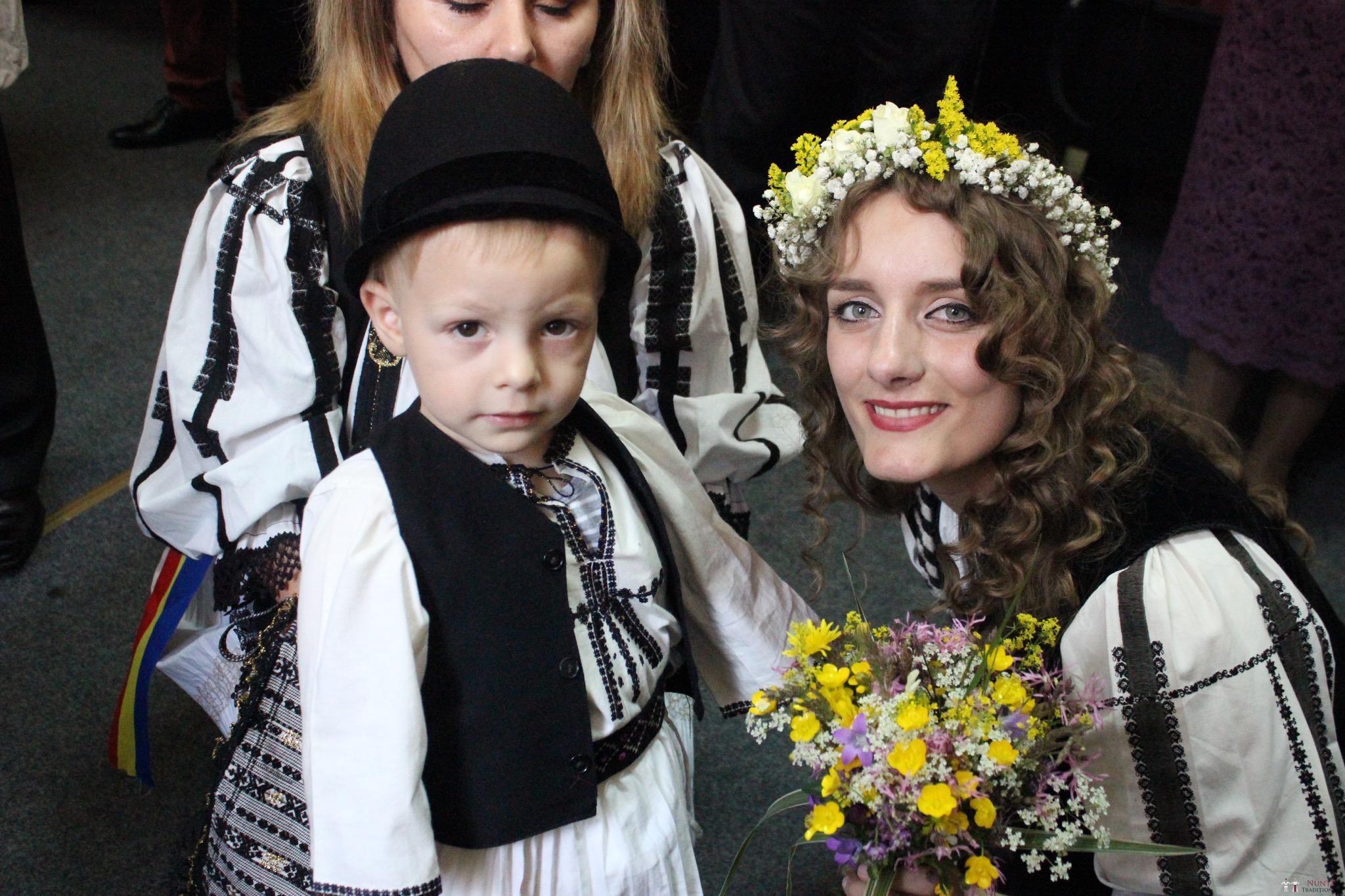 Povești Nunți Tradiționale - Constantin și Simona-Marilena. Nuntă tradițională în Căpâlna, Alba 9
