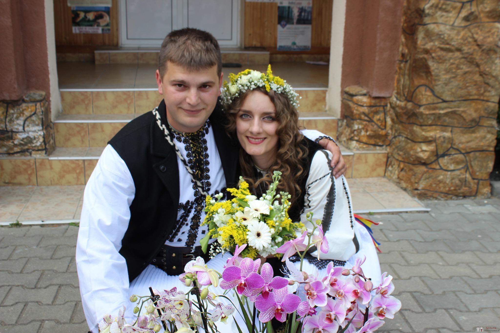 Povești Nunți Tradiționale - Constantin și Simona-Marilena. Nuntă tradițională în Căpâlna, Alba 13