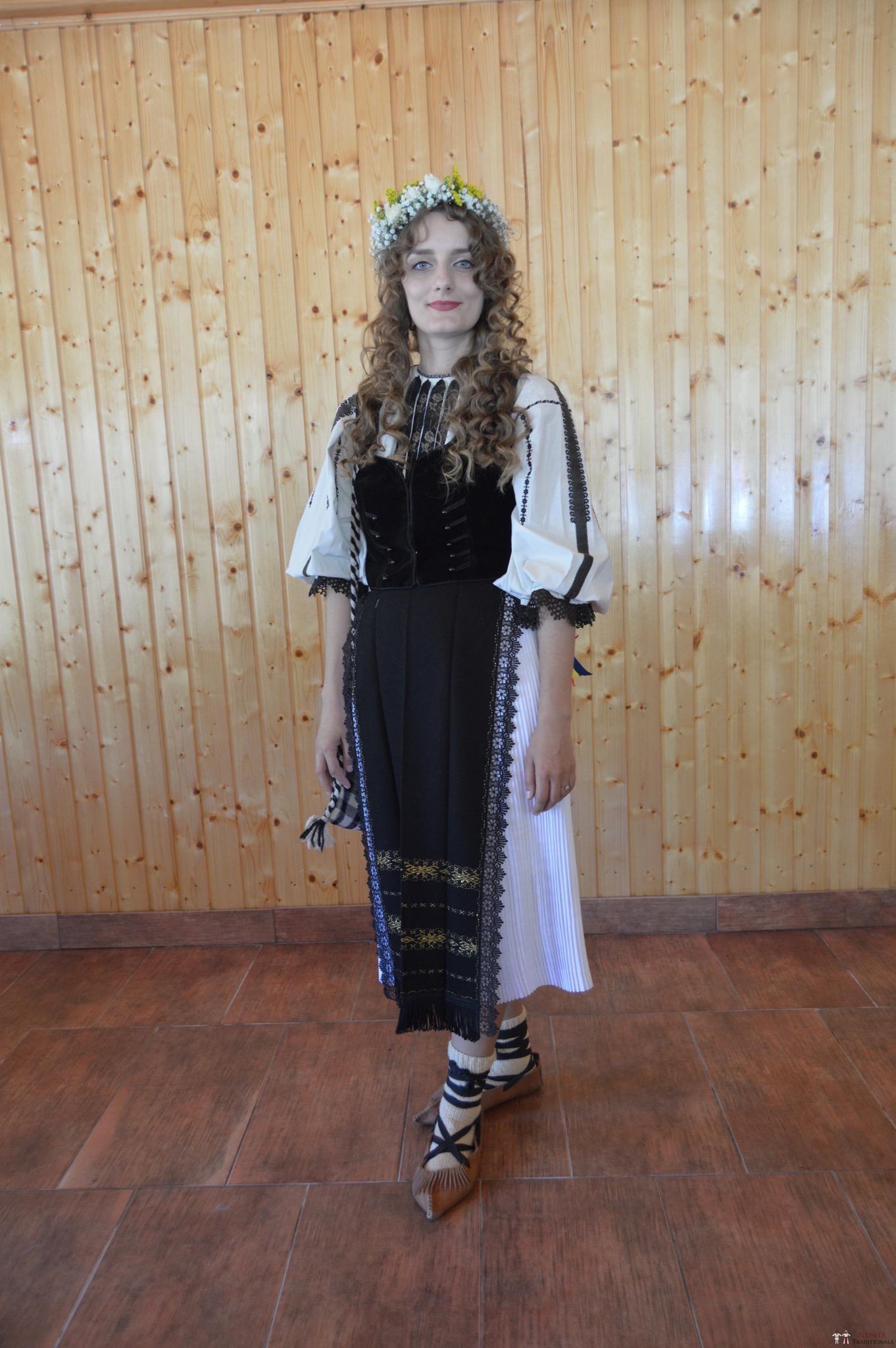 Povești Nunți Tradiționale - Constantin și Simona-Marilena. Nuntă tradițională în Căpâlna, Alba 15
