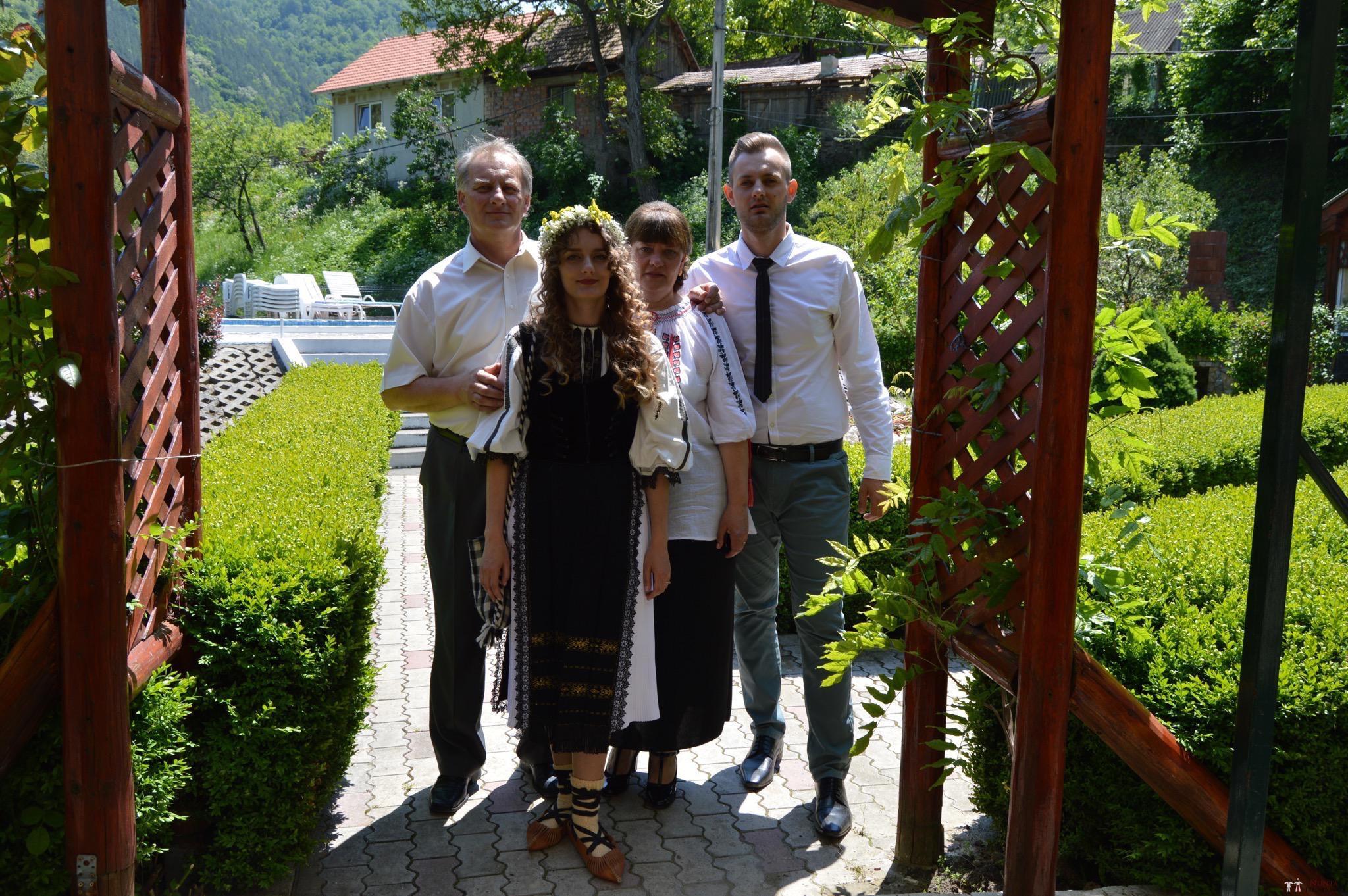Povești Nunți Tradiționale - Constantin și Simona-Marilena. Nuntă tradițională în Căpâlna, Alba 17