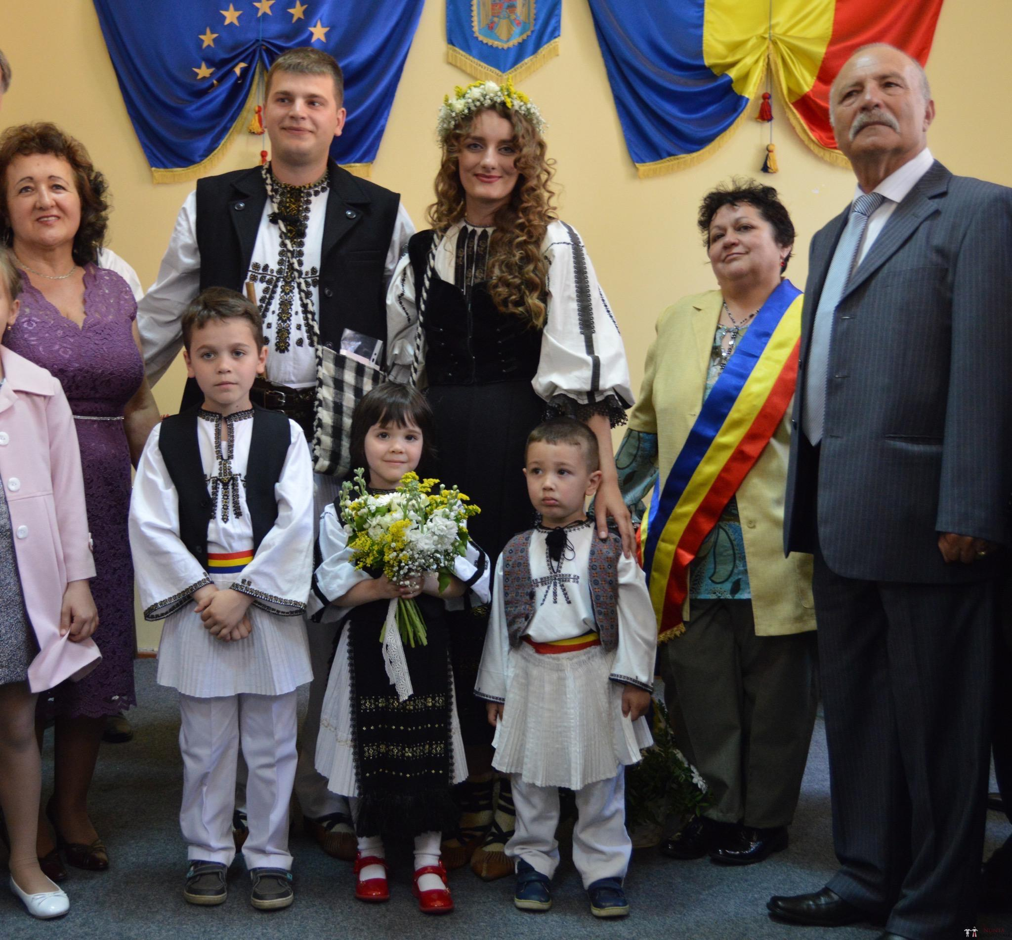 Povești Nunți Tradiționale - Constantin și Simona-Marilena. Nuntă tradițională în Căpâlna, Alba 20