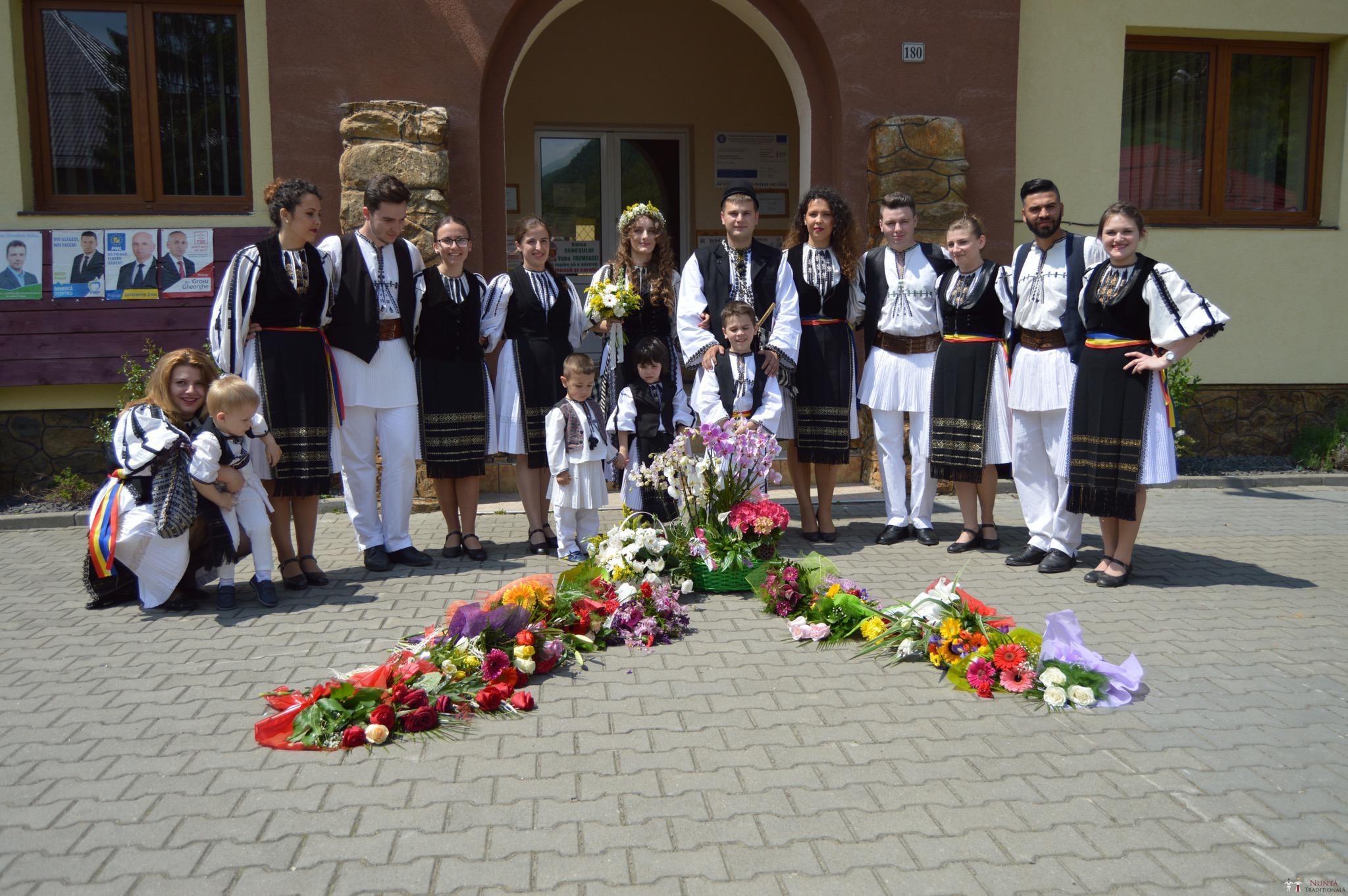 Povești Nunți Tradiționale - Constantin și Simona-Marilena. Nuntă tradițională în Căpâlna, Alba 23