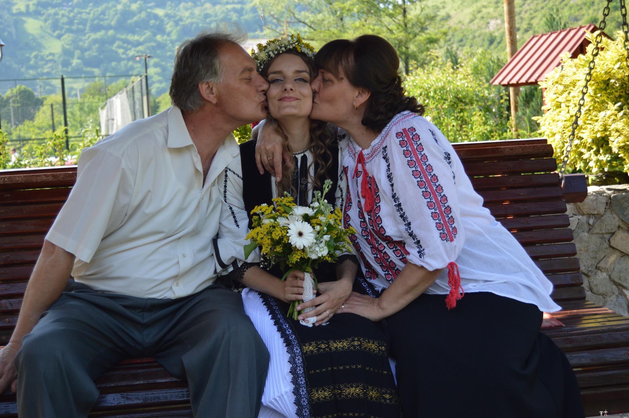 Povești Nunți Tradiționale - Constantin și Simona-Marilena. Nuntă tradițională în Căpâlna, Alba 27