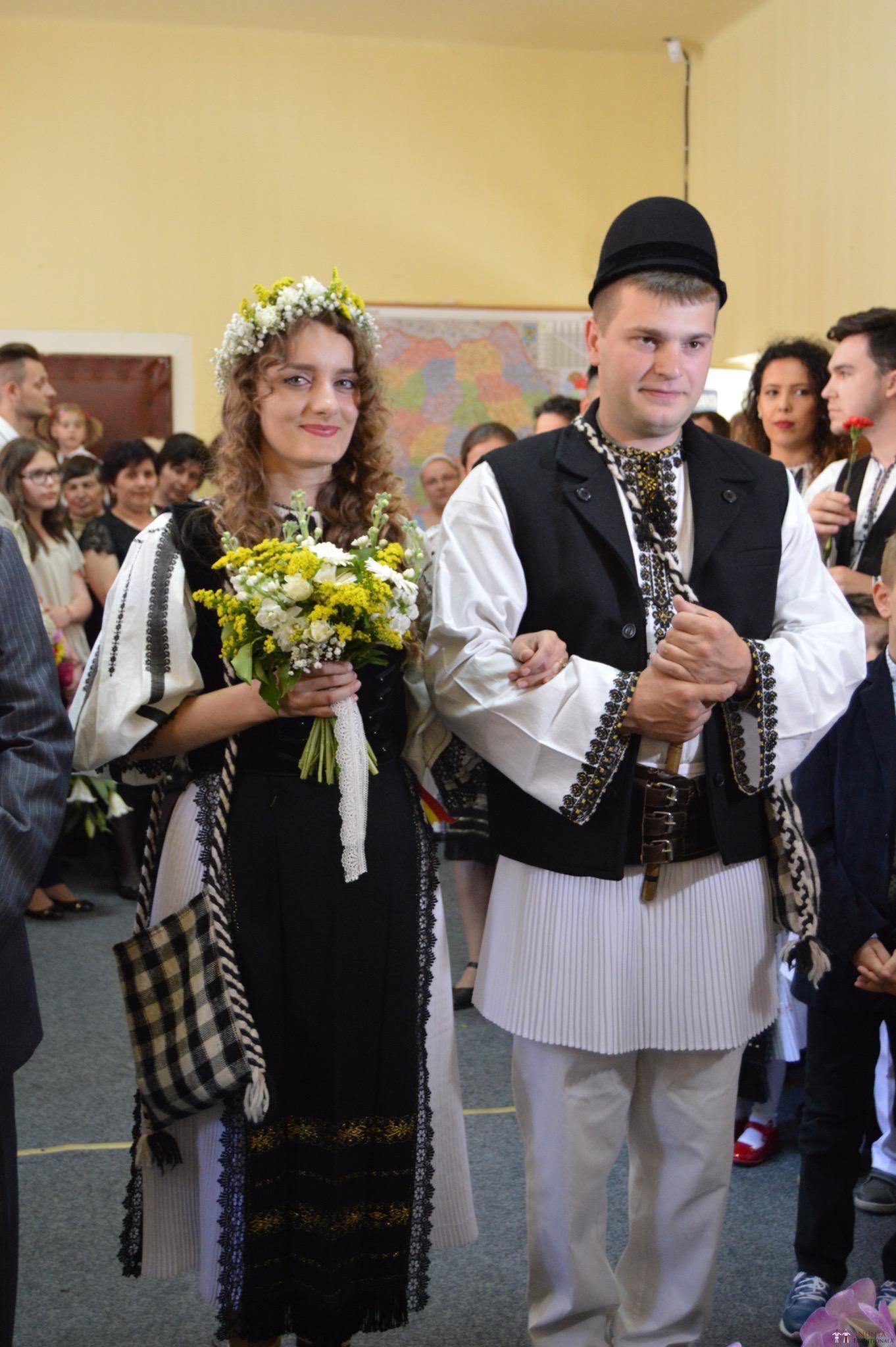 Povești Nunți Tradiționale - Constantin și Simona-Marilena. Nuntă tradițională în Căpâlna, Alba 2