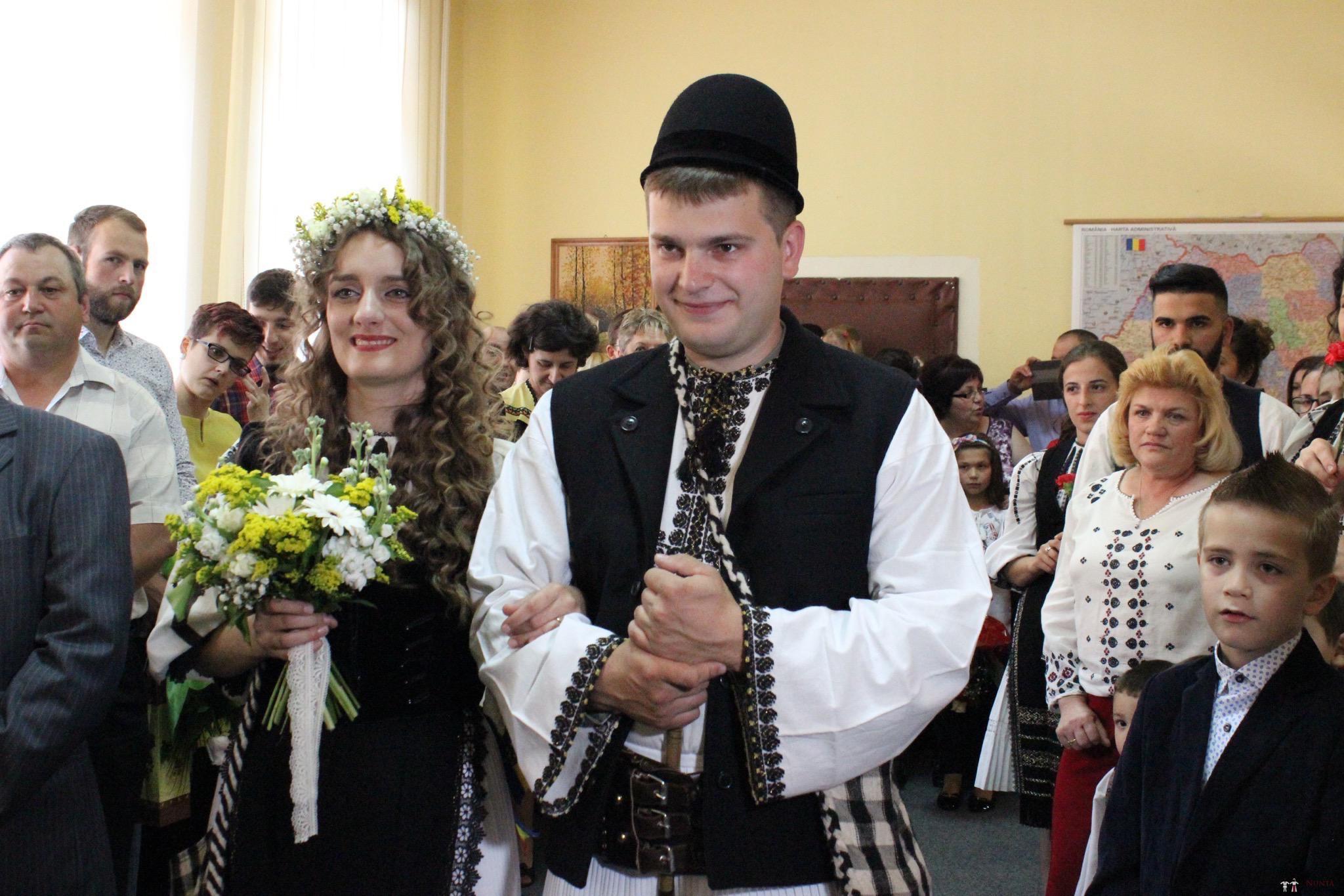 Povești Nunți Tradiționale - Constantin și Simona-Marilena. Nuntă tradițională în Căpâlna, Alba 6