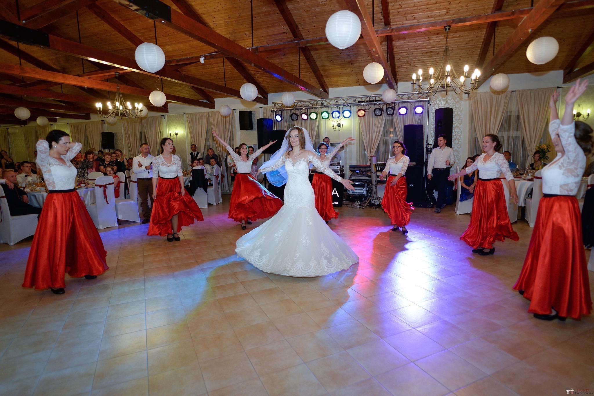 Povești Nunți Tradiționale - Constantin și Simona-Marilena. Nuntă tradițională în Căpâlna, Alba 59
