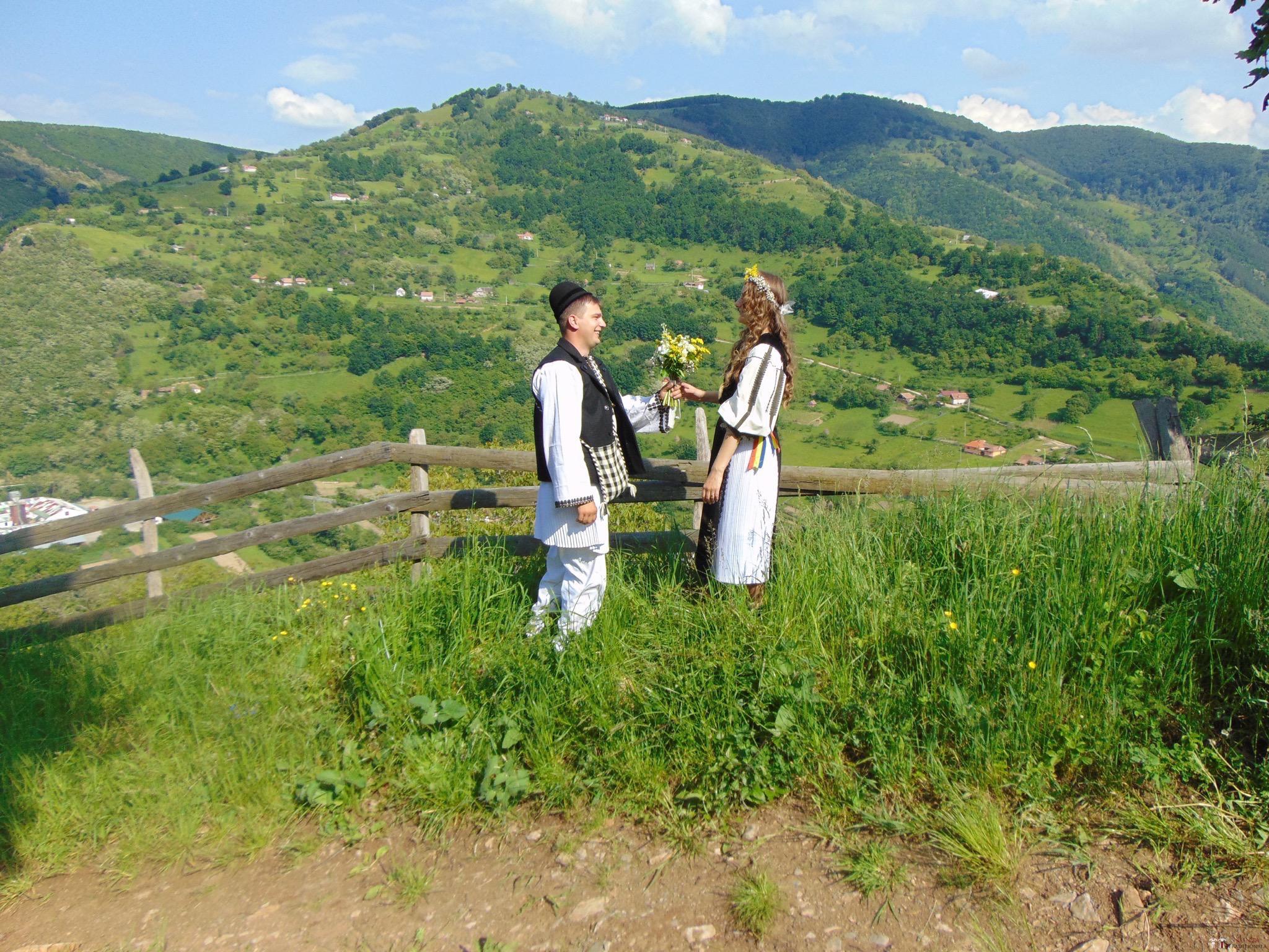 Povești Nunți Tradiționale - Constantin și Simona-Marilena. Nuntă tradițională în Căpâlna, Alba 60