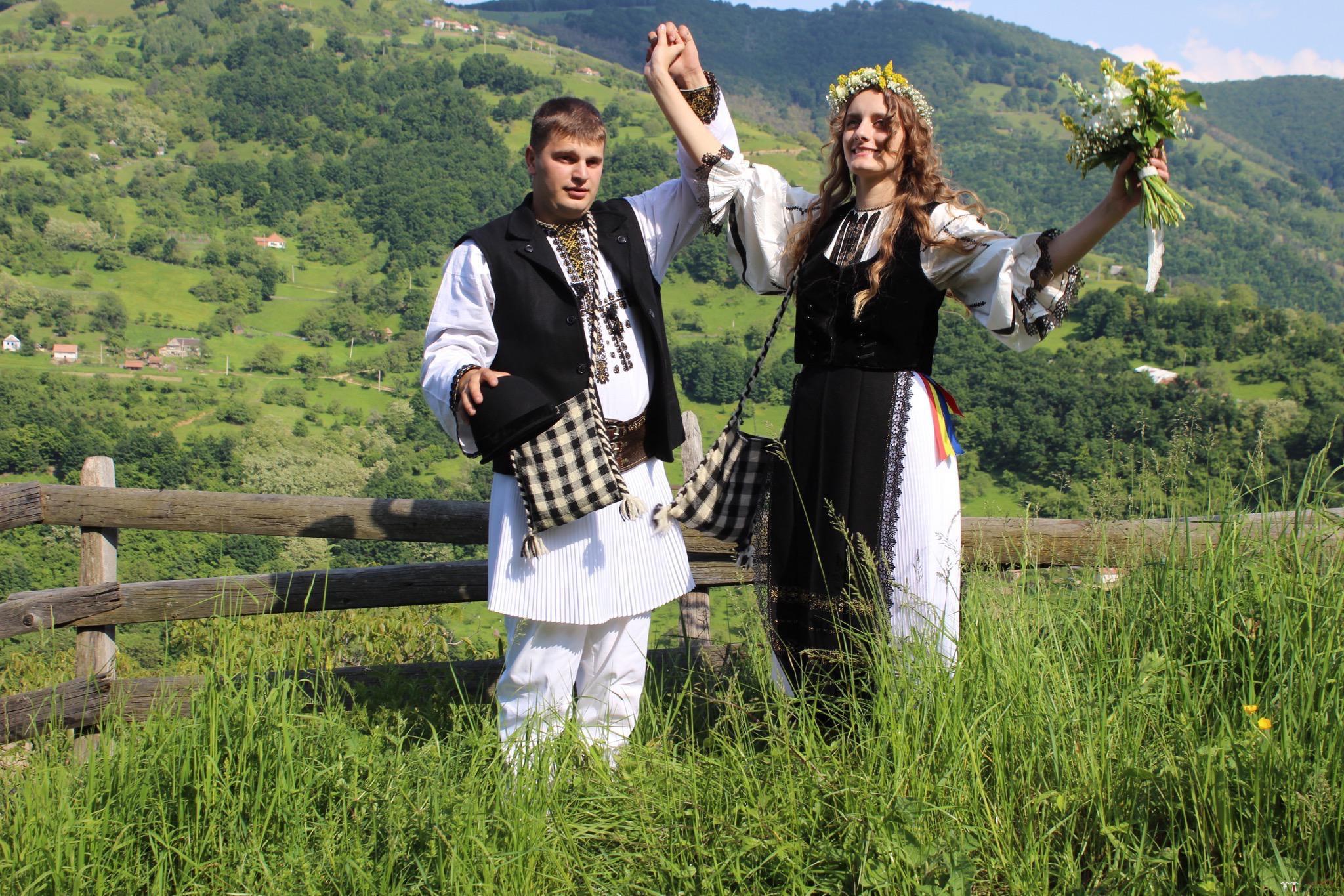 Povești Nunți Tradiționale - Constantin și Simona-Marilena. Nuntă tradițională în Căpâlna, Alba 66