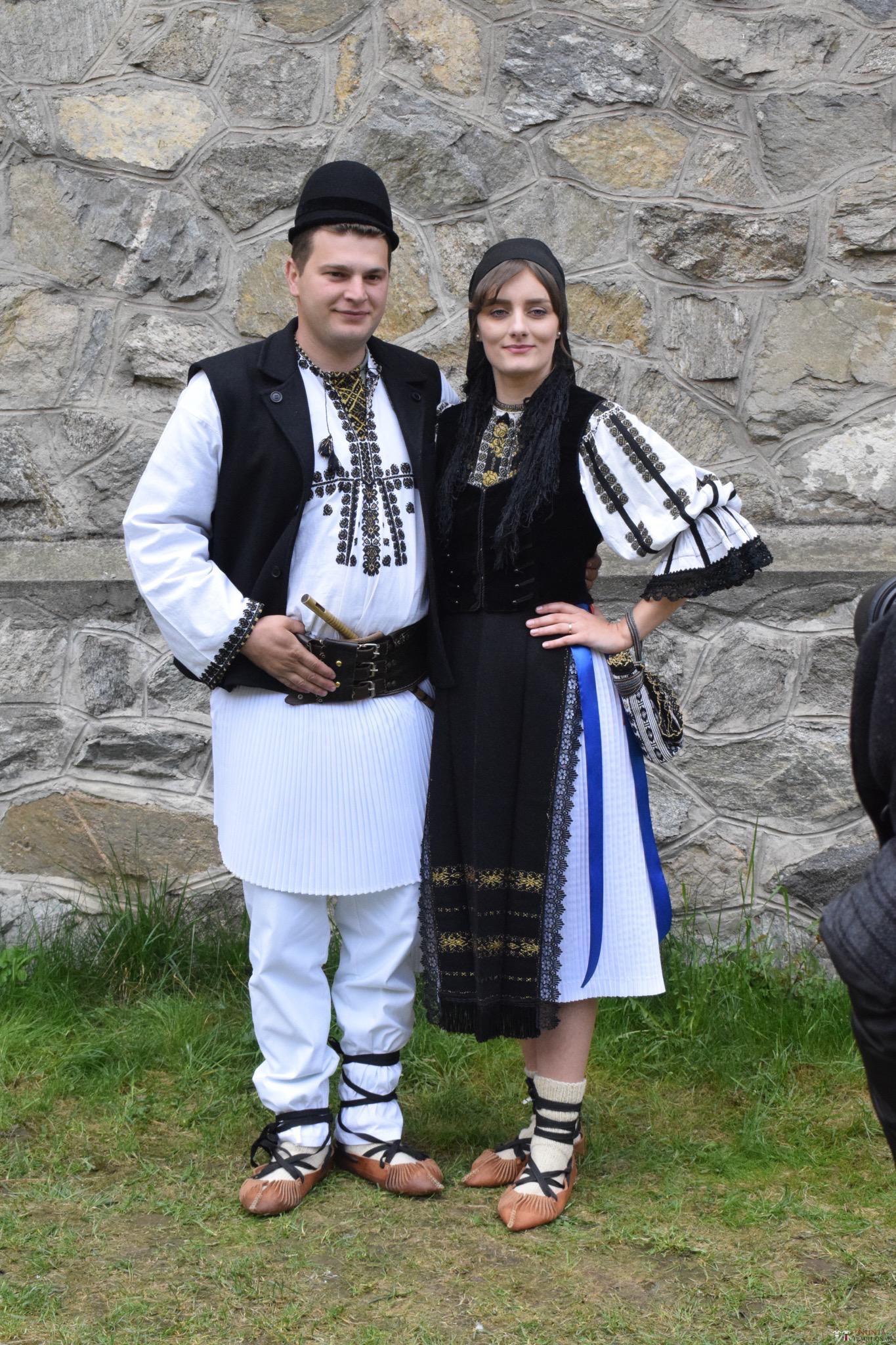 Povești Nunți Tradiționale - Constantin și Simona-Marilena. Nuntă tradițională în Căpâlna, Alba 77