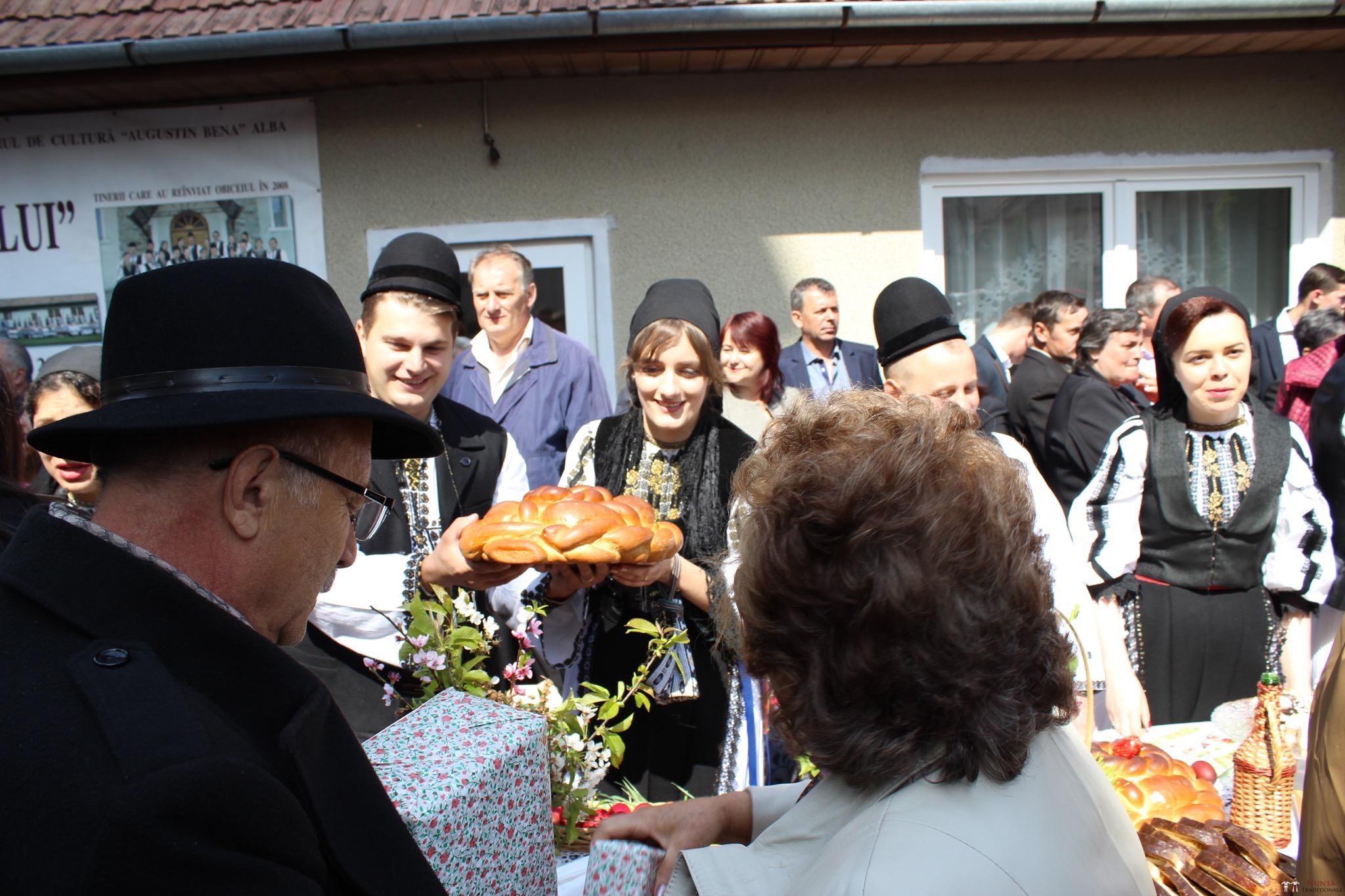 Povești Nunți Tradiționale - Constantin și Simona-Marilena. Nuntă tradițională în Căpâlna, Alba 85