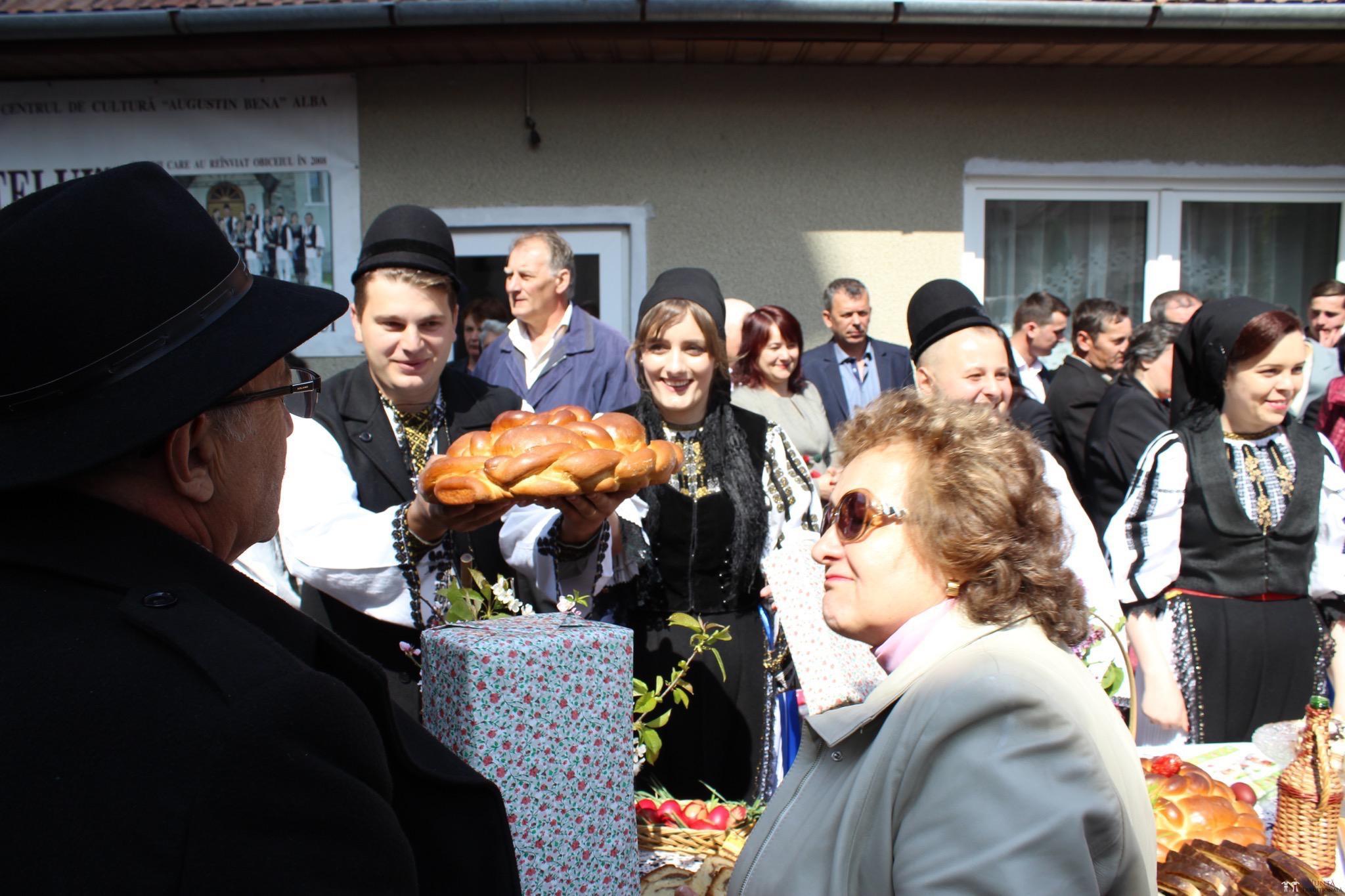 Povești Nunți Tradiționale - Constantin și Simona-Marilena. Nuntă tradițională în Căpâlna, Alba 86