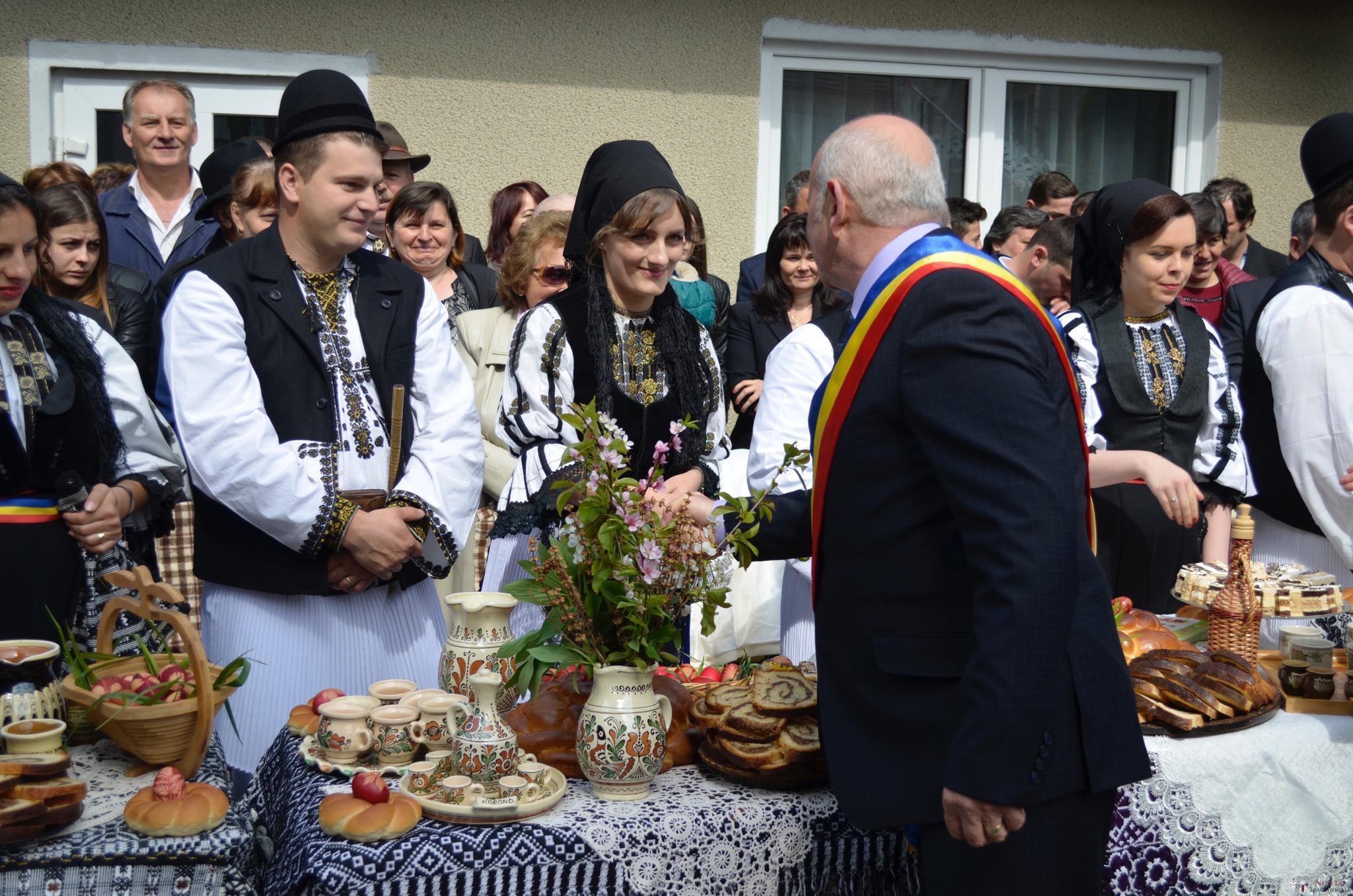 Povești Nunți Tradiționale - Constantin și Simona-Marilena. Nuntă tradițională în Căpâlna, Alba 71