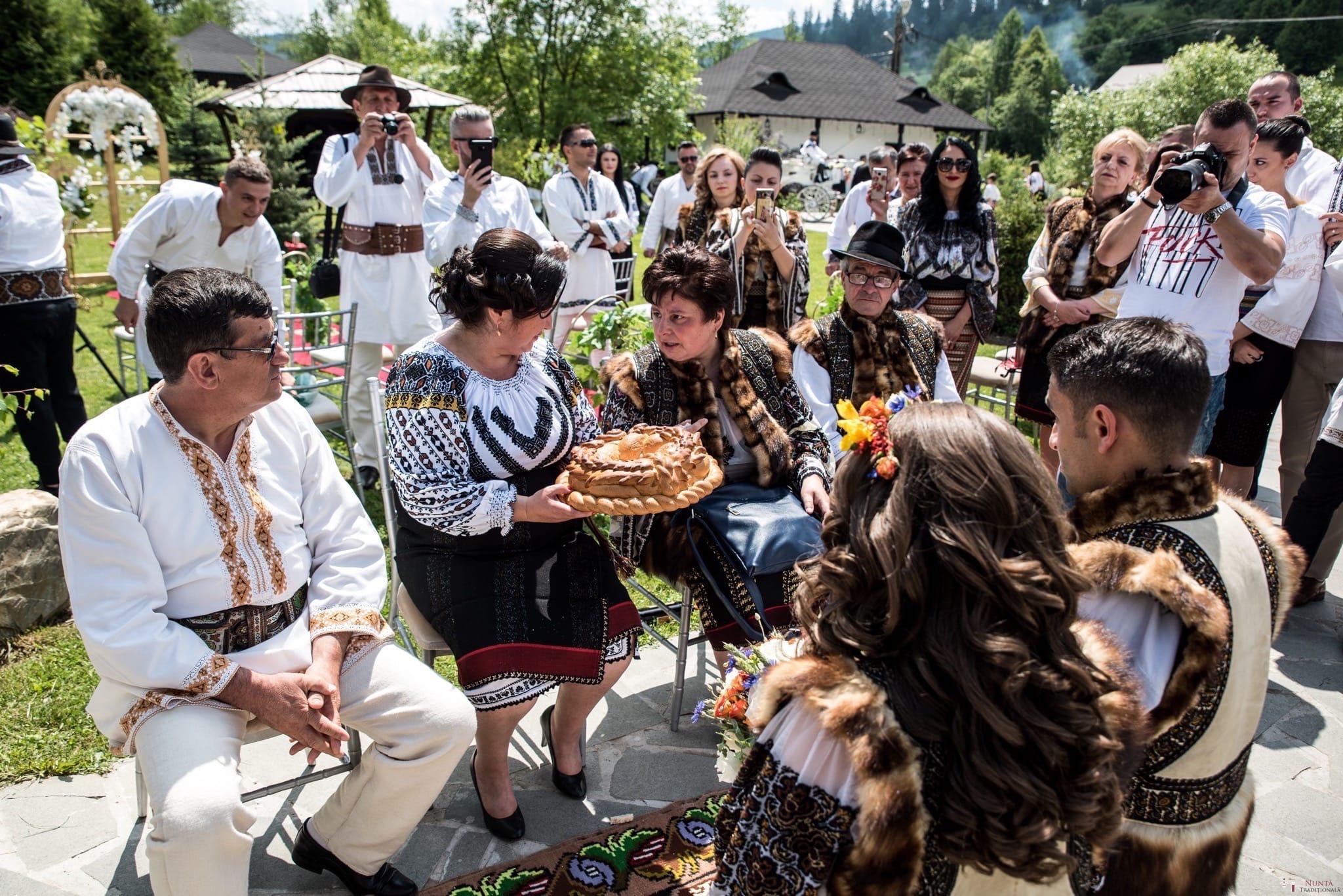 Povești Nunți Tradiționale - Irina și Alexandru, nuntă în Câmpulung Moldovenesc, Suceava 29