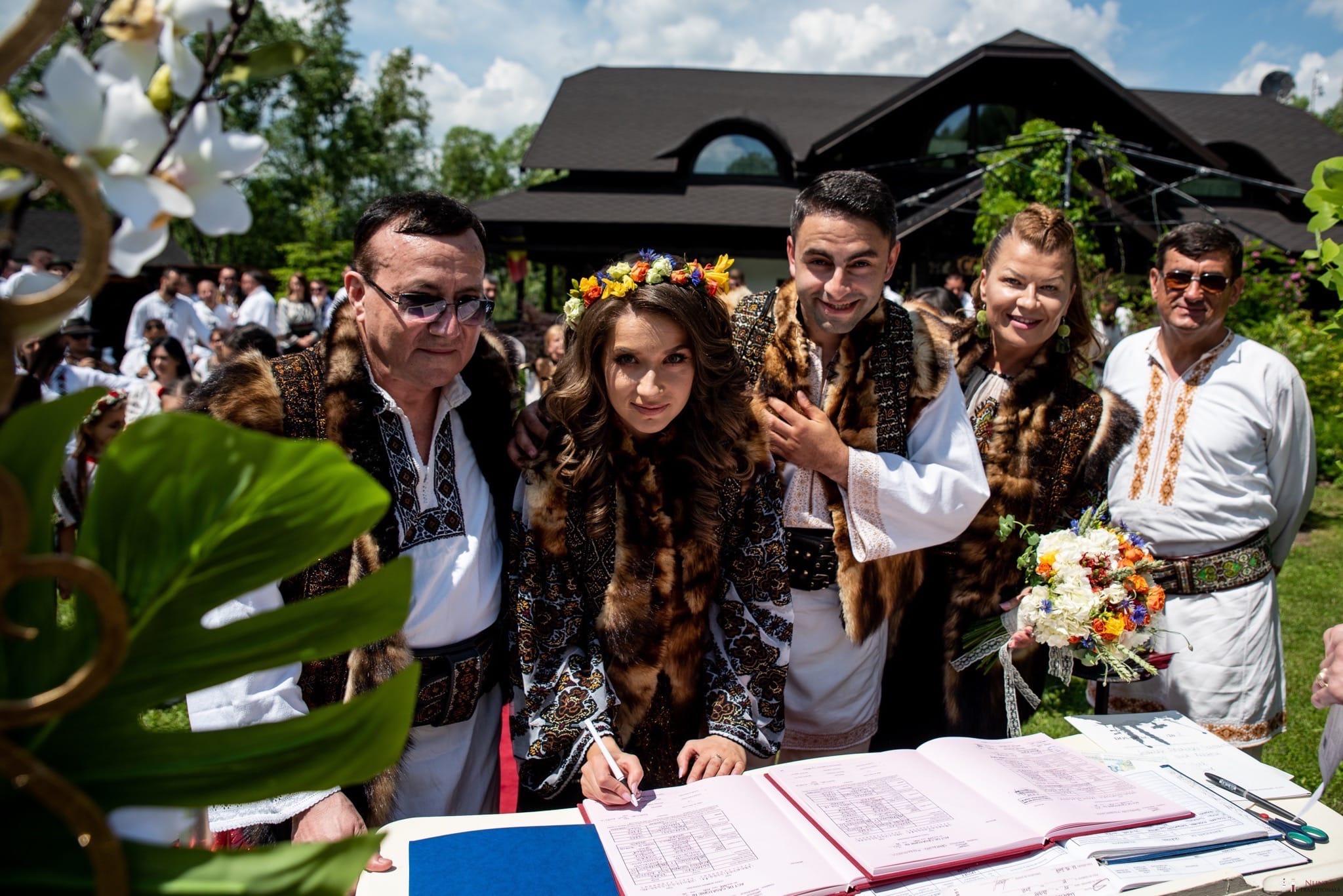 Povești Nunți Tradiționale - Irina și Alexandru, nuntă în Câmpulung Moldovenesc, Suceava 33