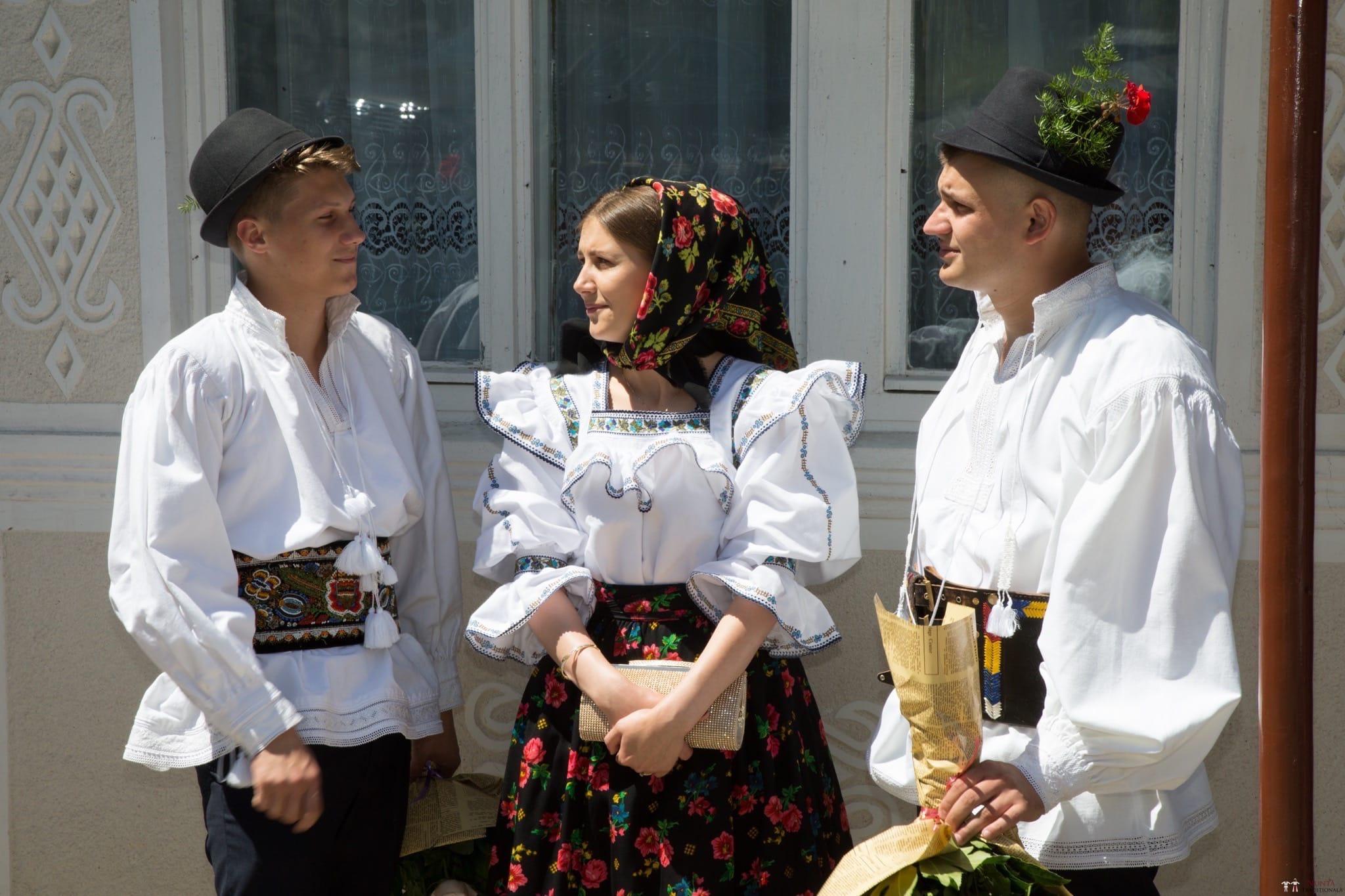 Povești Nunți Tradiționale - Ancuța și Nicu, cununie tradițională în Giulești, Maramureș 9