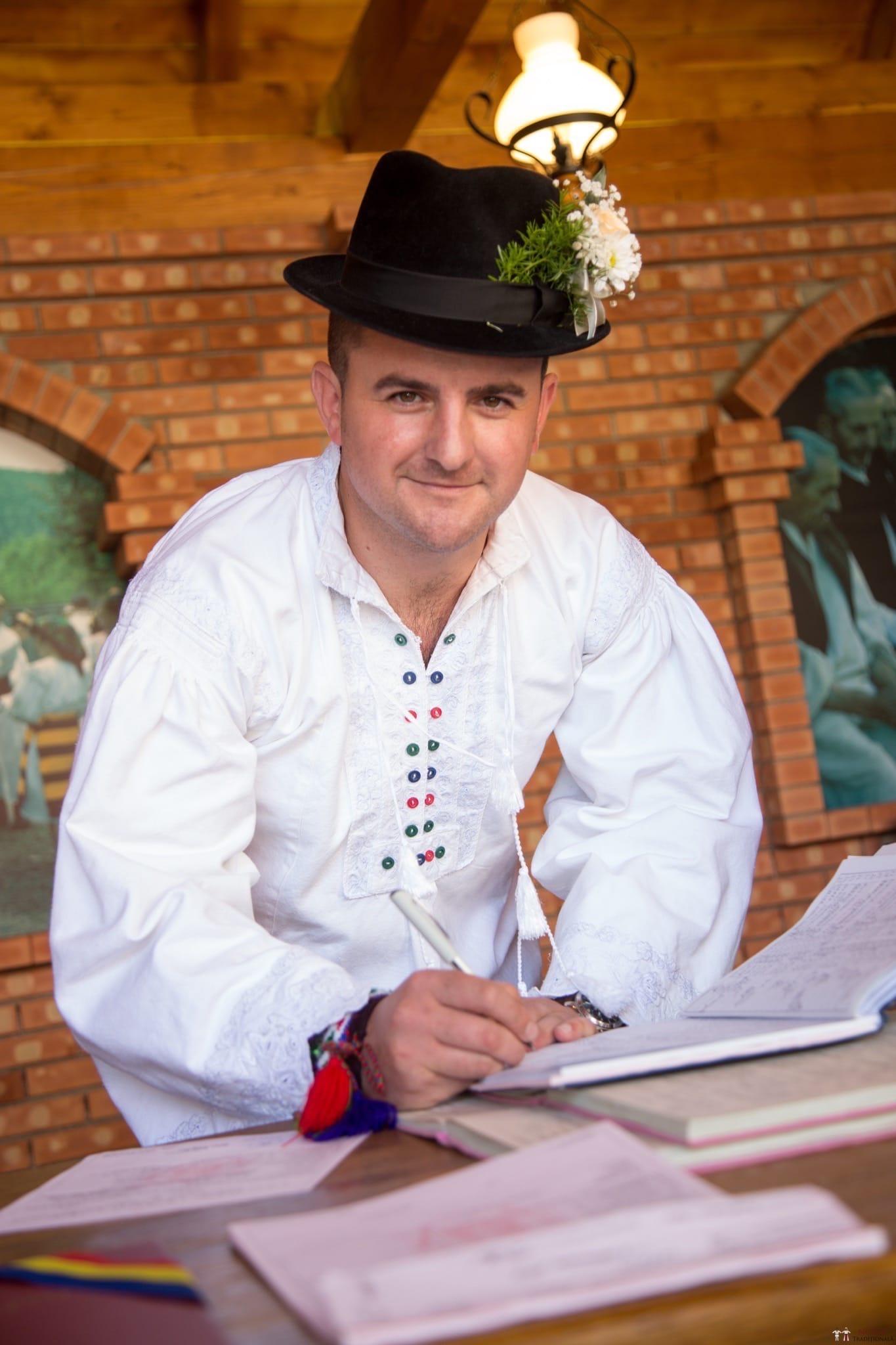 Povești Nunți Tradiționale - Ancuța și Nicu, cununie tradițională în Giulești, Maramureș 22